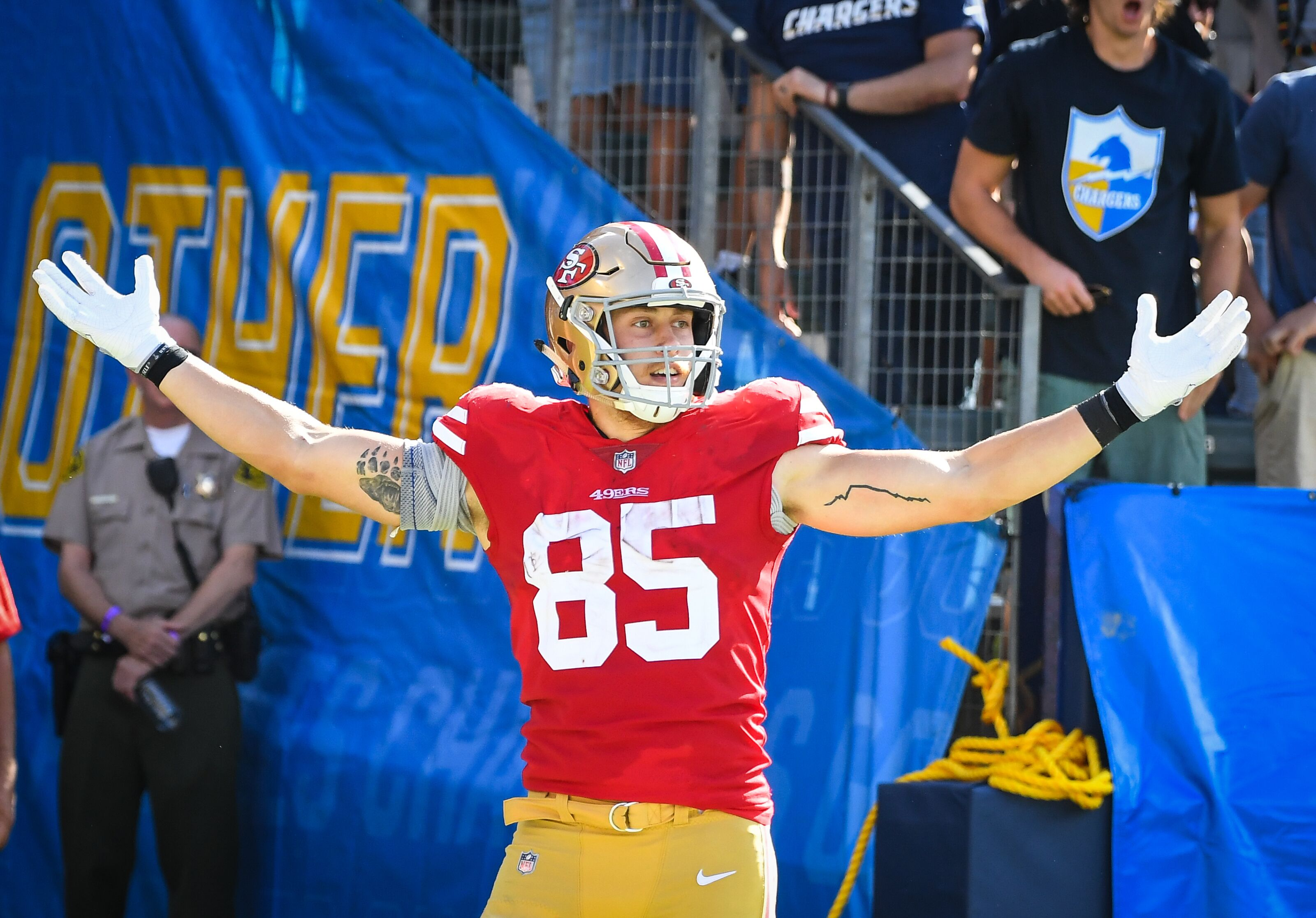92251d8b8 49ers: George Kittle breaks record for most receiving yards by a tight end