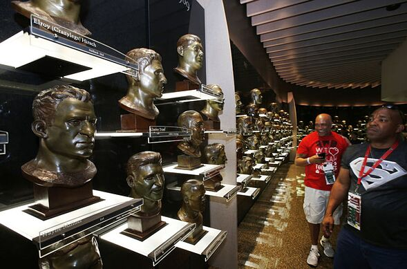 Top 3 49ers worthy of Pro Football Hall of Fame enshrinement