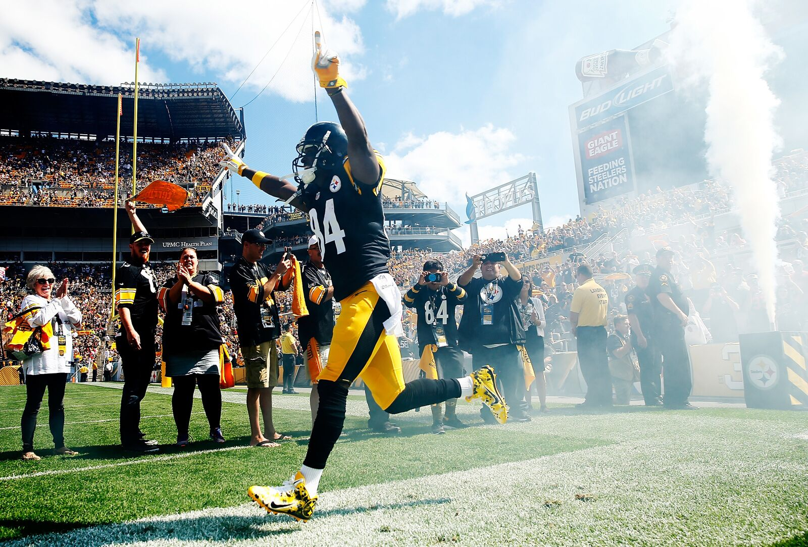49ers: What to offer for Steelers wide receiver Antonio Brown