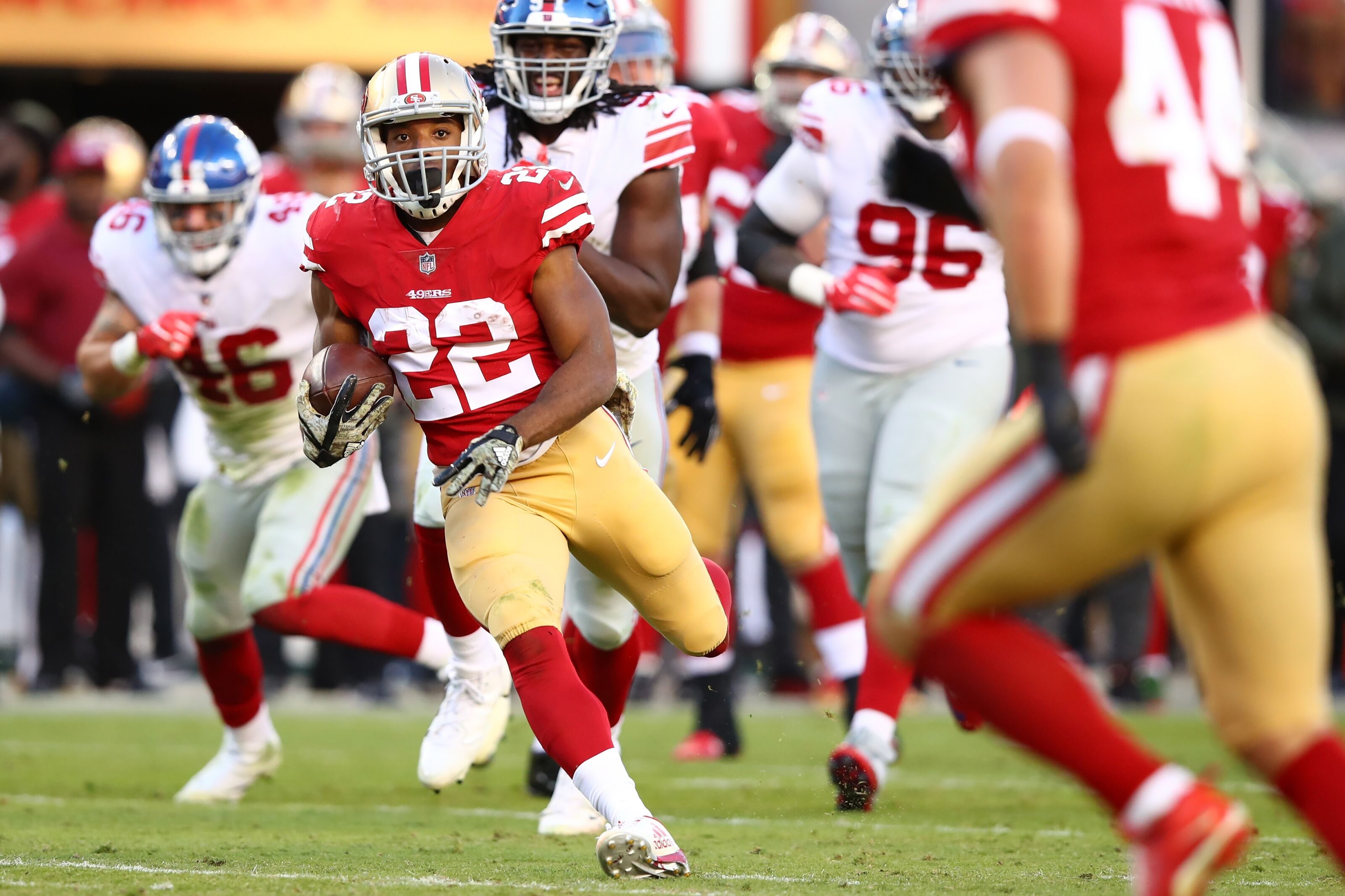 7d3035eb9 49ers win vs. Giants in Niner Noise s straight-up picks for Week 10