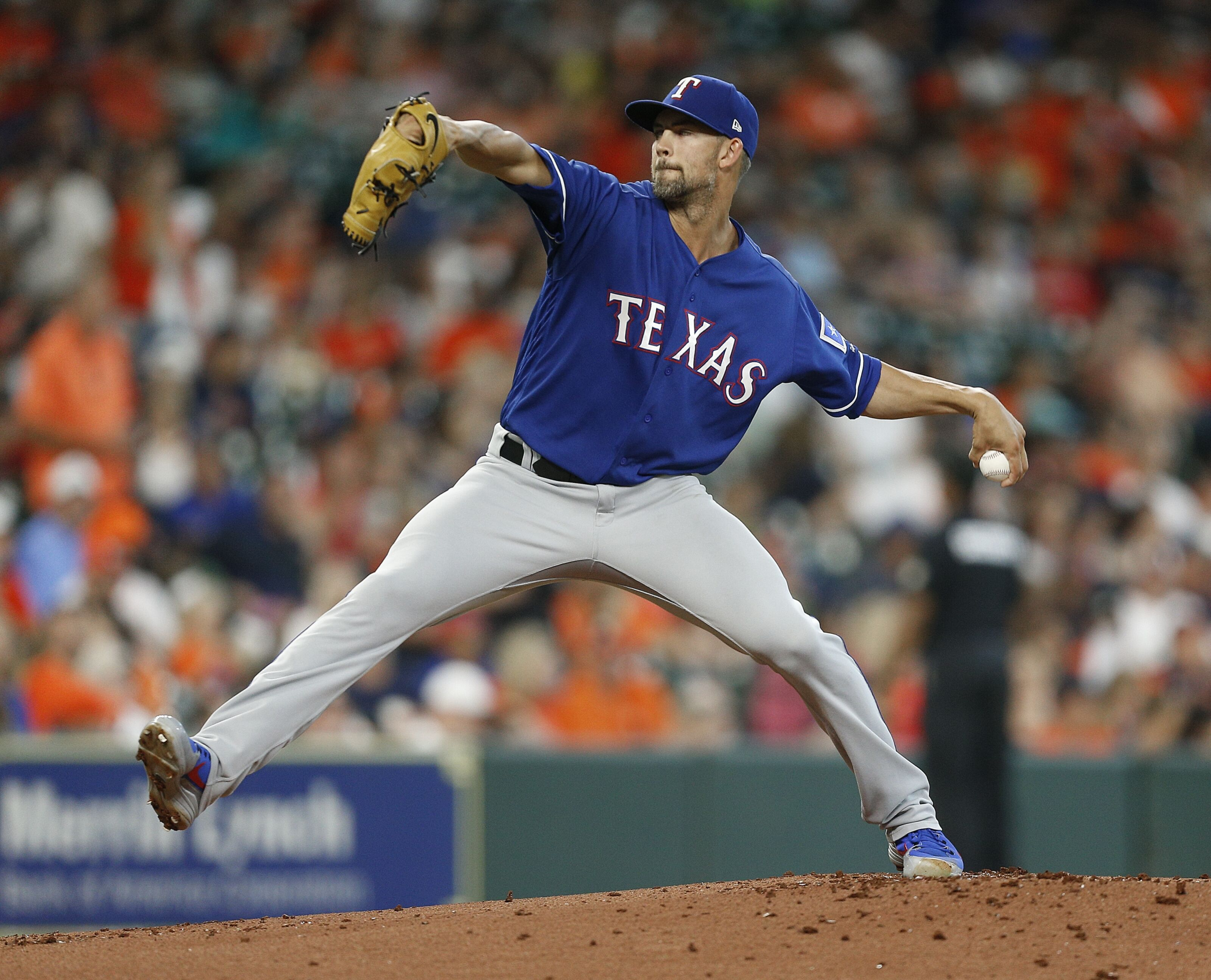 Texas Rangers: Trade influencing start for Mike Minor tonight