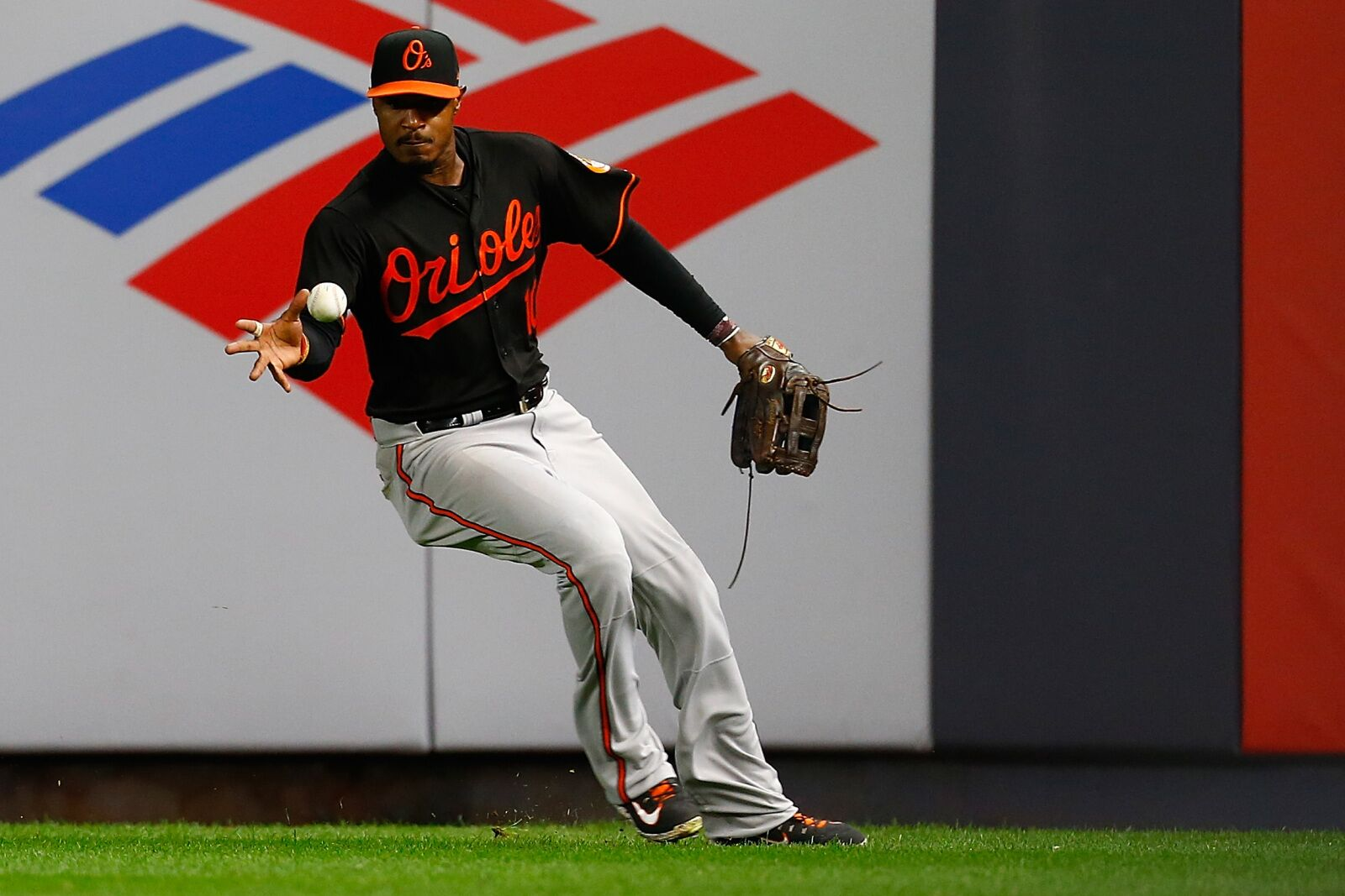 Could the Texas Rangers look to Adam Jones to improve center field output?