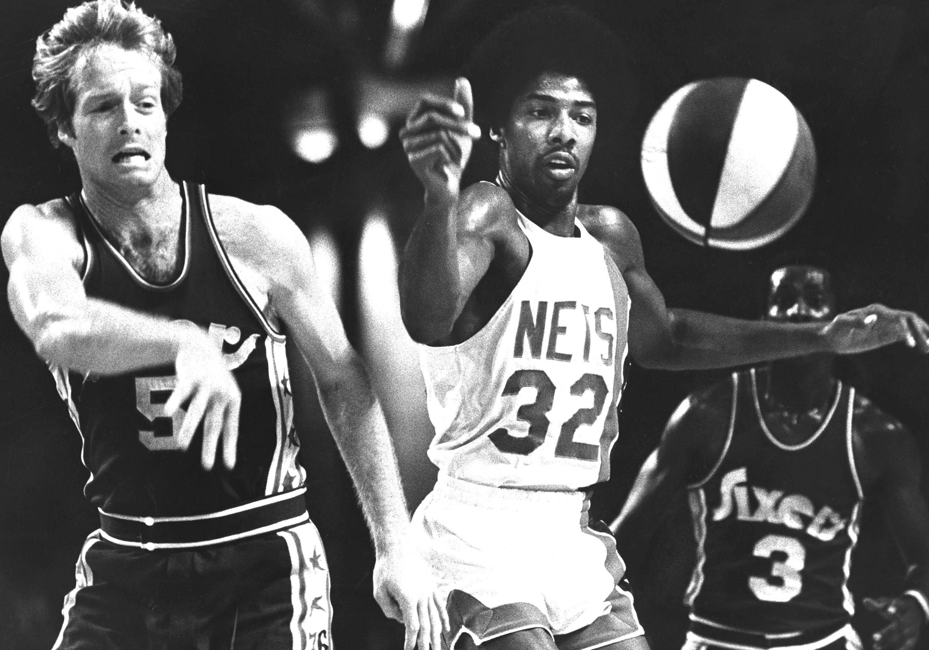 Julius 'Dr  J' Erving Should Be in the Greatest of All-Time