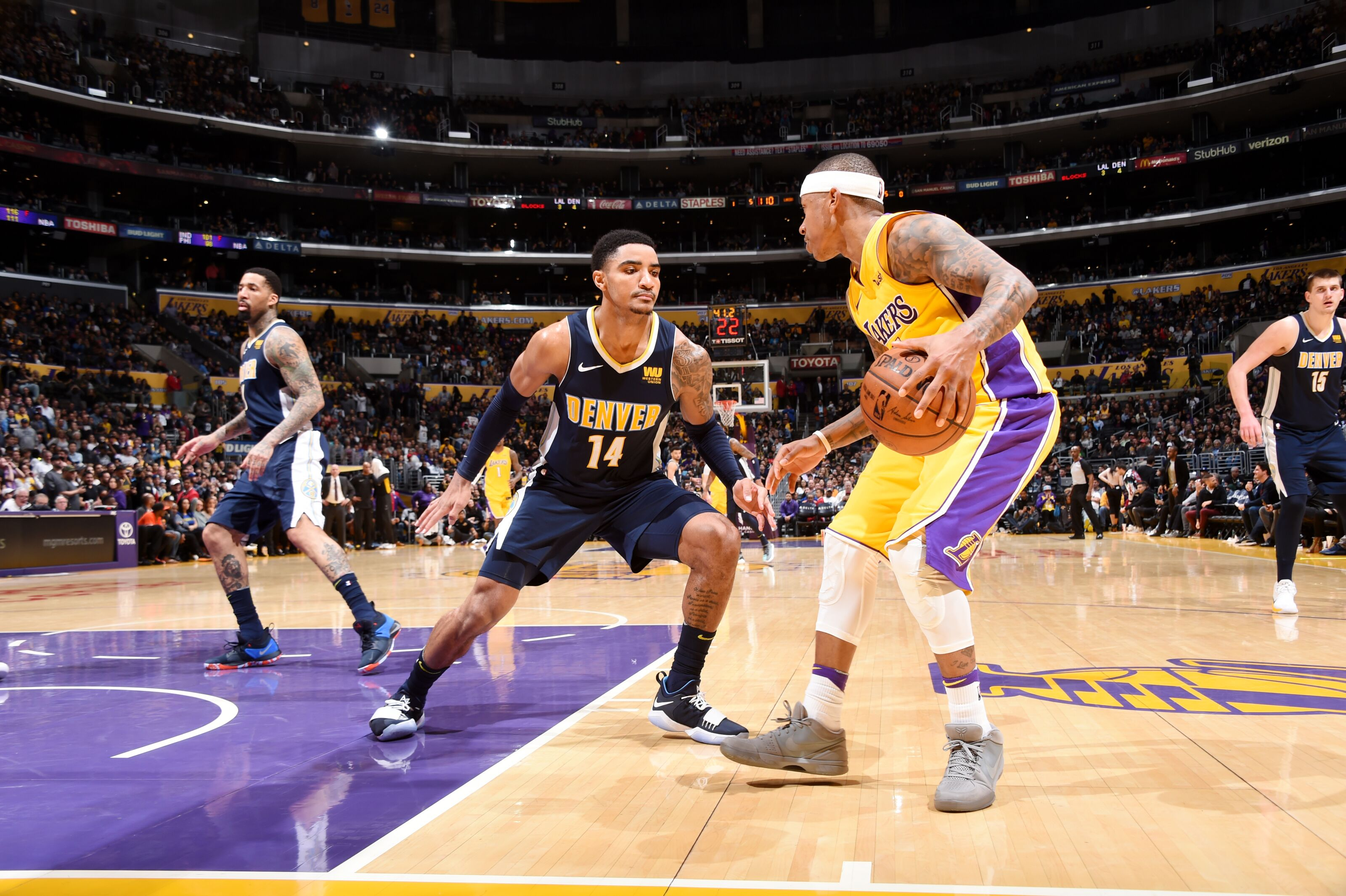 931680680-denver-nuggets-v-los-angeles-lakers.jpg