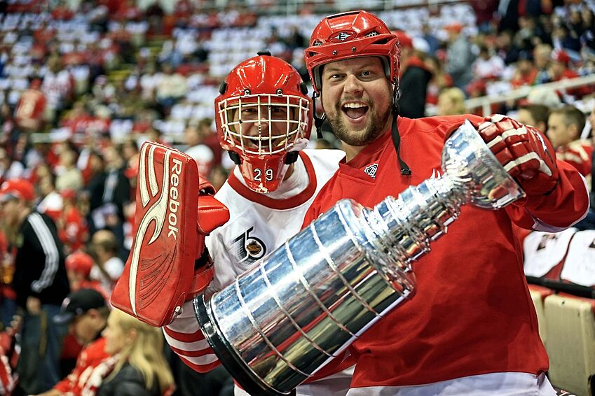 6ac0e1598f5 8 Historical Facts Every Detroit Red Wings Fan Should Know