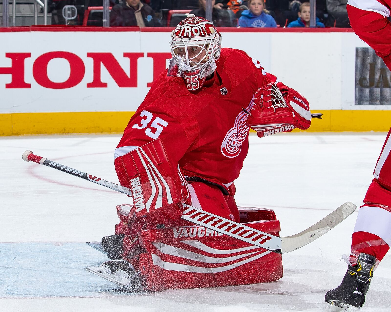 Detroit Red Wings: Jimmy Howard's trade stock plummeting