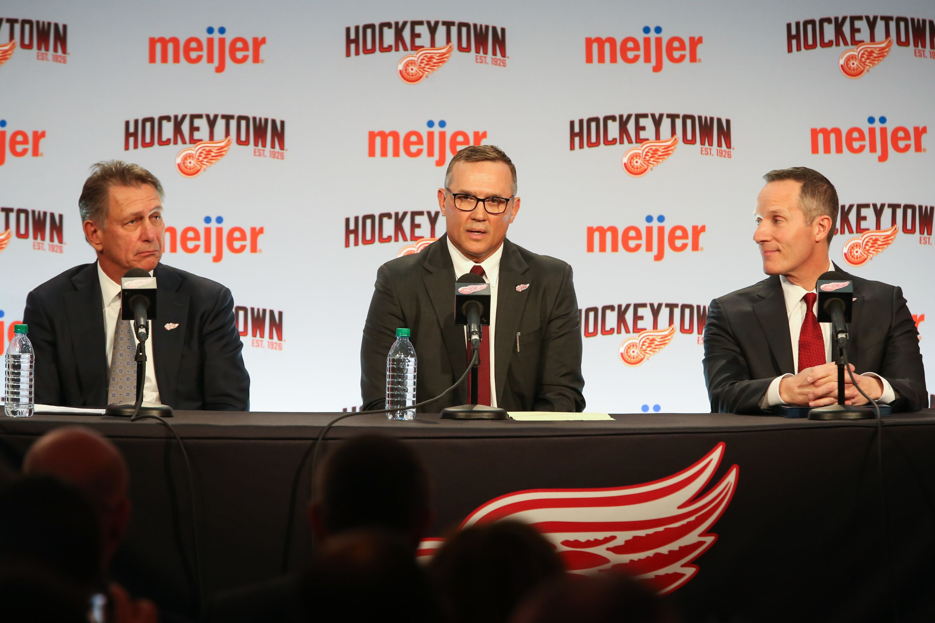 Detroit Red Wings Legend Returns; We welcome home Steve Yzerman
