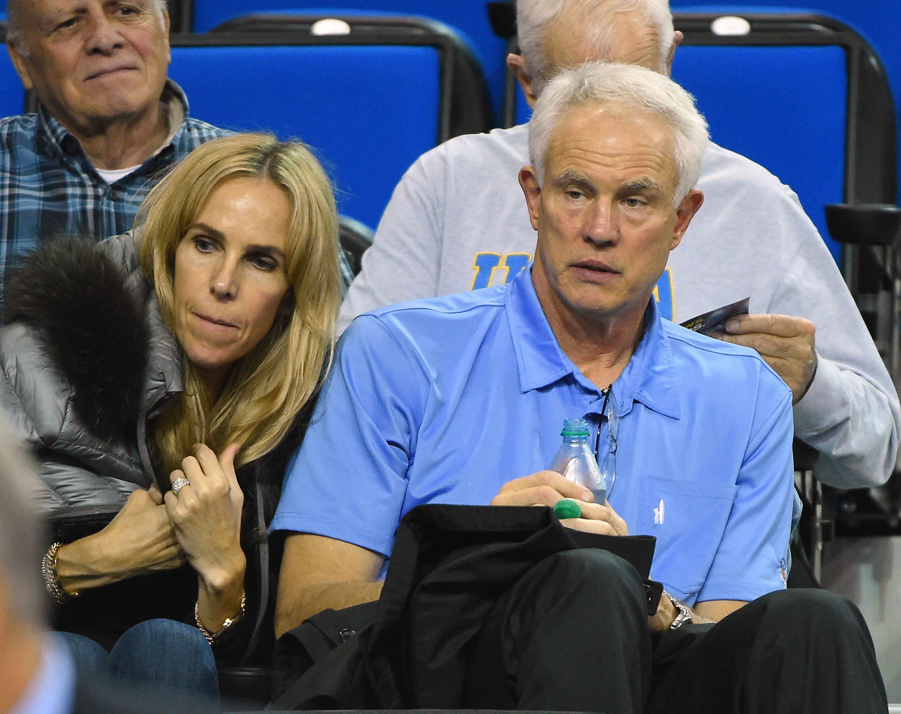 North Carolina Tar Heels Lakers Fire Mitch Kupchak as GM