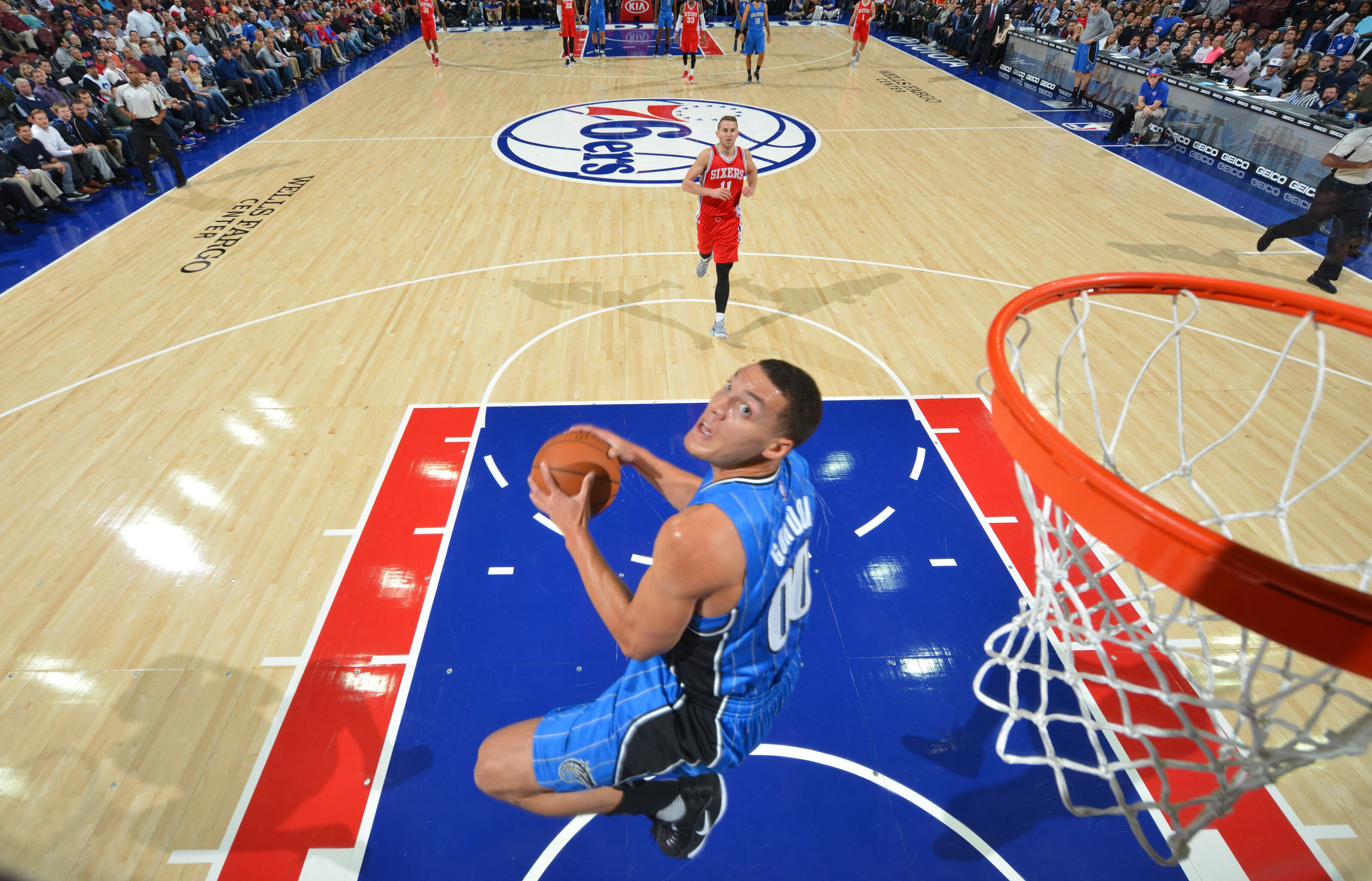 9cca443a747b23 Remembering when Orlando Magic forward Aaron Gordon jumped out of his shoe