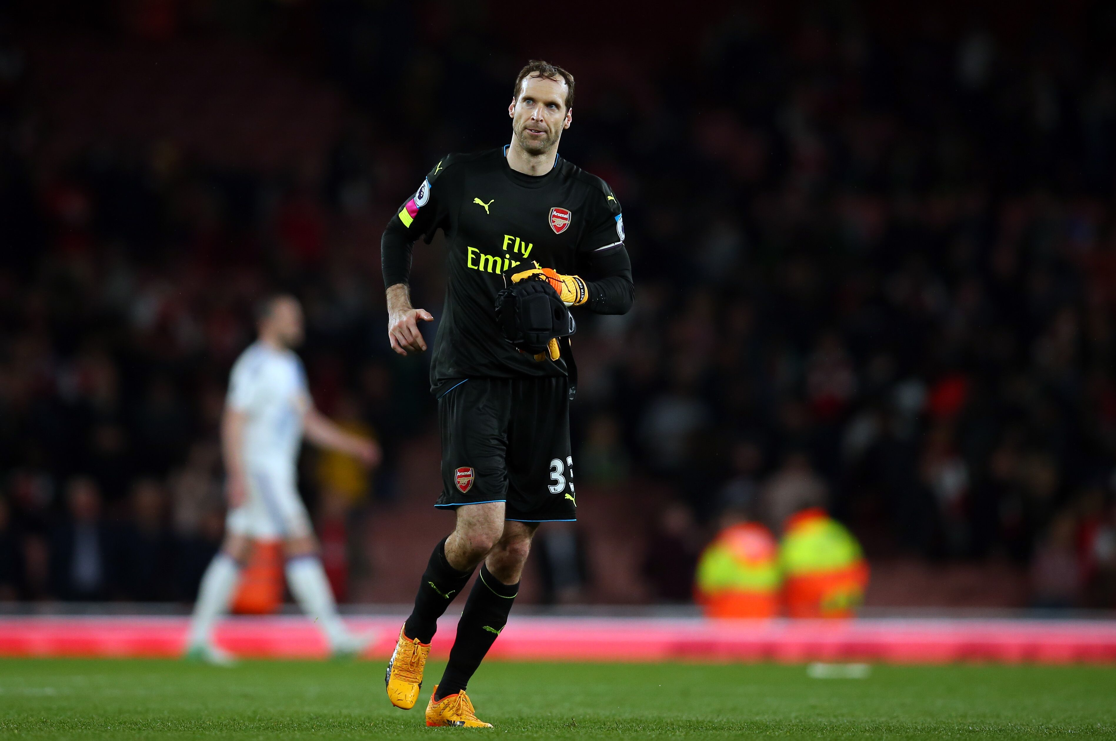 Arsenal: 3 Goalkeeper Candidates To Replace Petr Cech