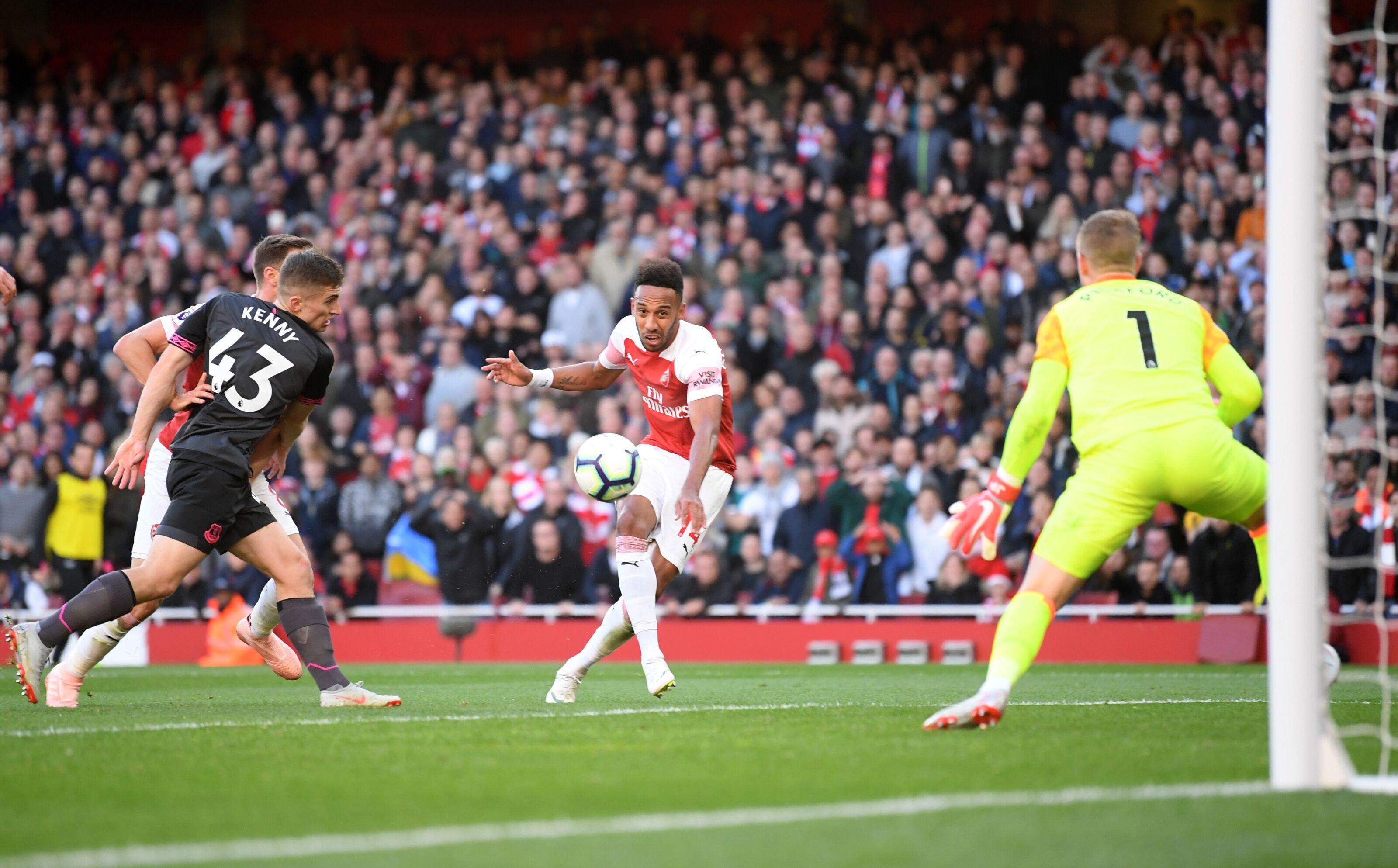 Arsenal: Where is Jack Wilshere's Aubameyang midfielder?