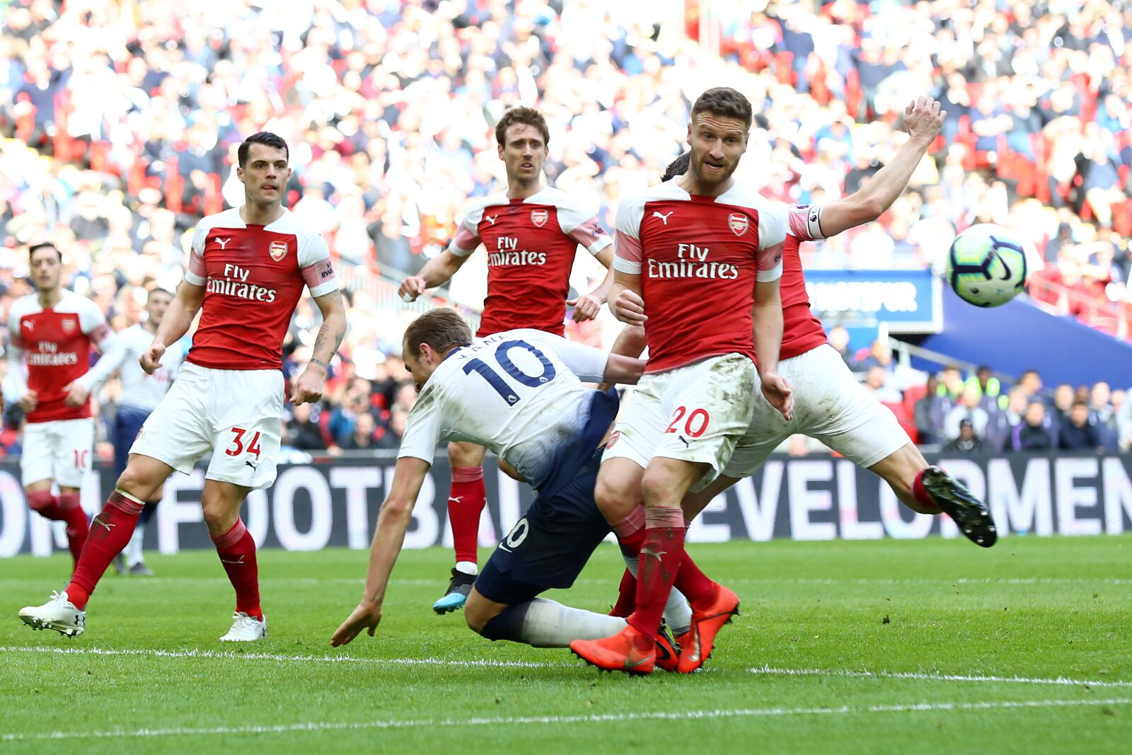 Arsenal Vs Rennes: Arsenal Vs Rennes: Do You Trust Shkodran Mustafi?