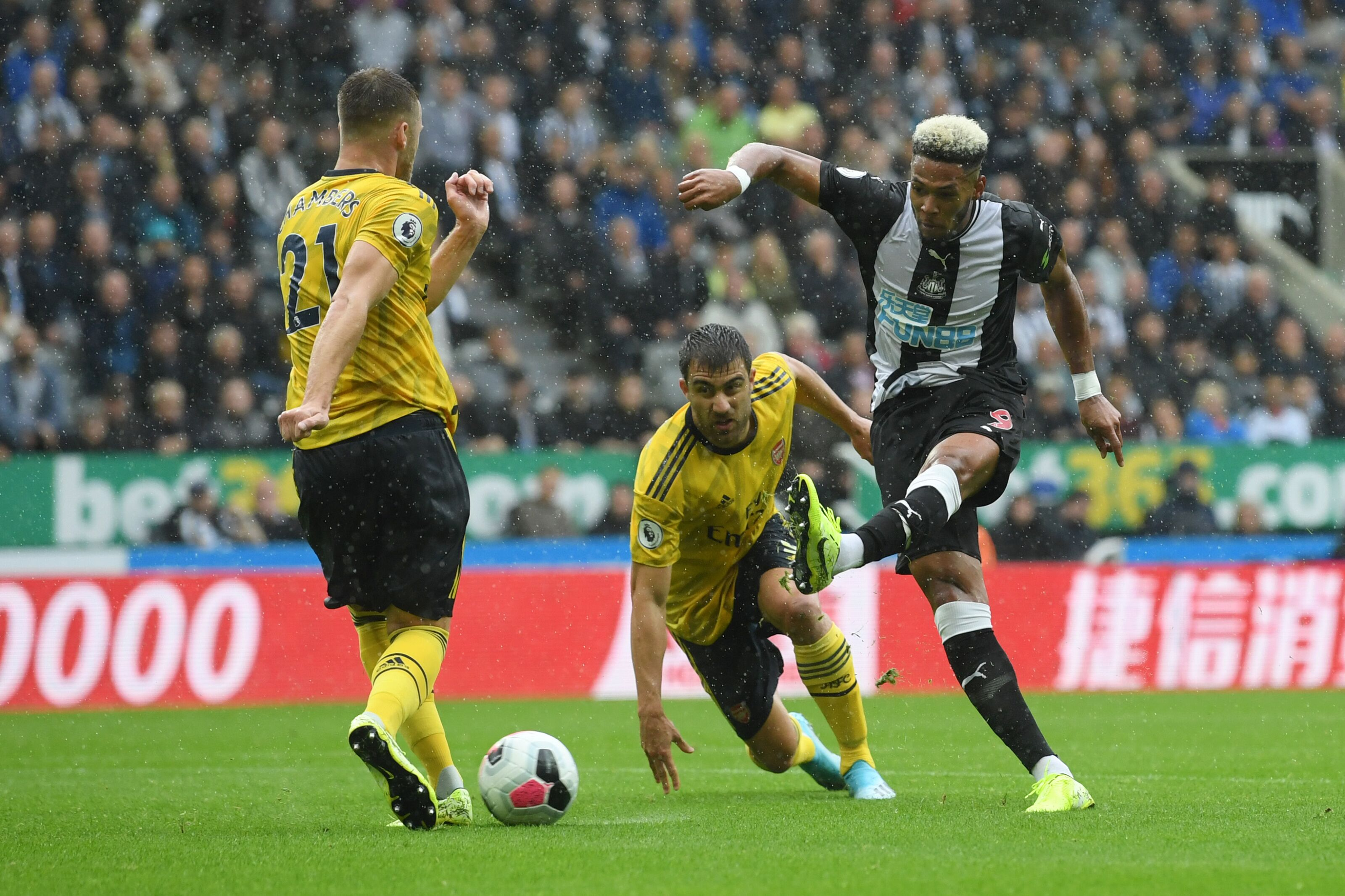 Arsenal vs Burnley: Reliable the magic word for Calum Chambers