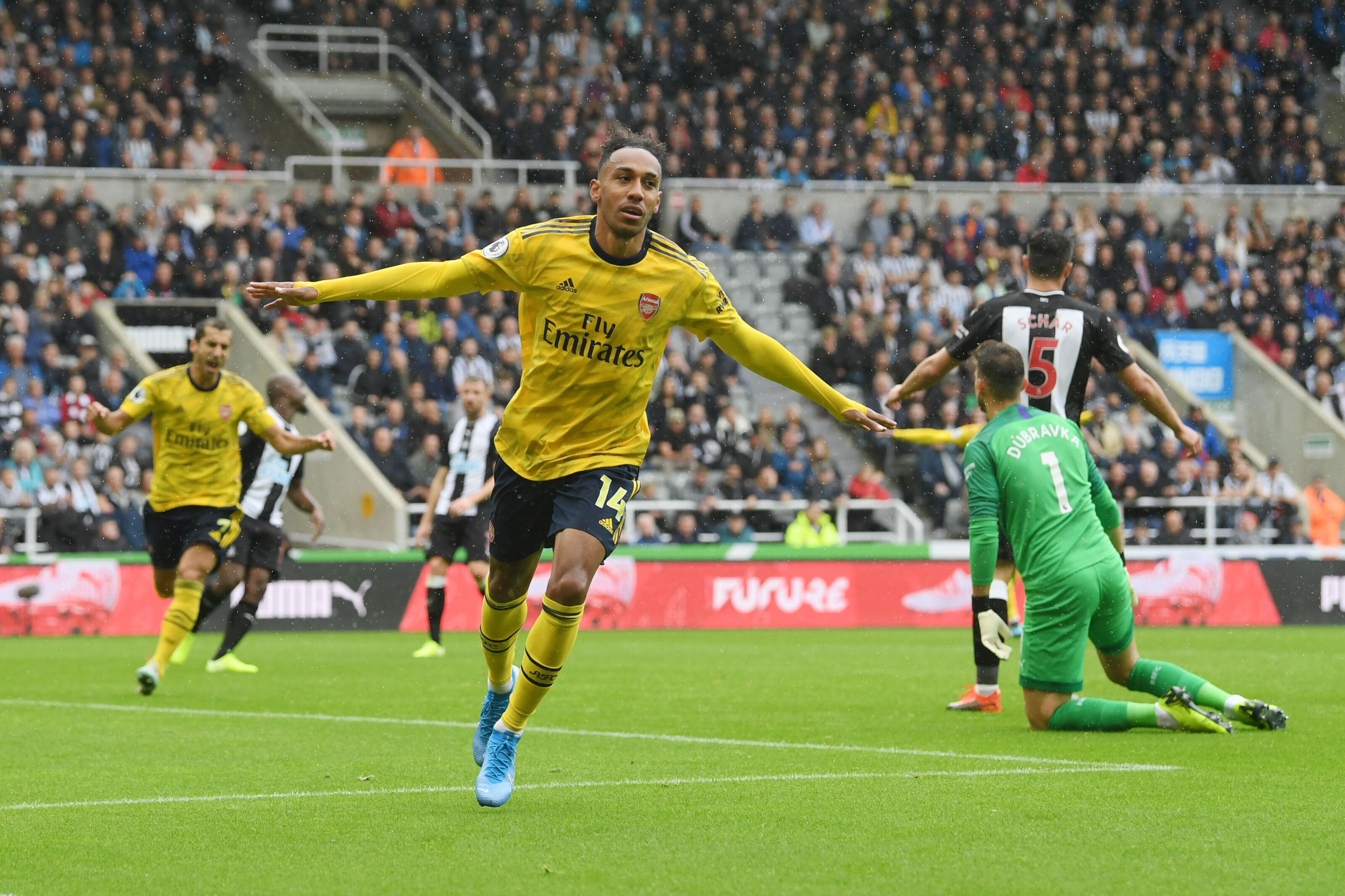 Arsenal: Keep calm, Aubameyang can still fly on the wing