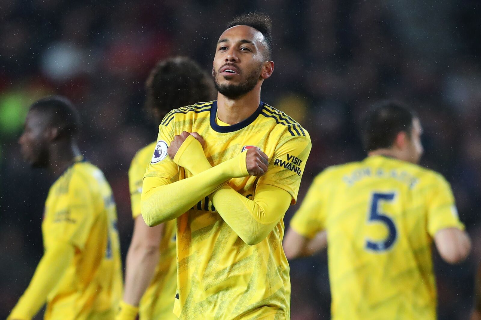 Arsenal: Pierre-Emerick Aubameyang going above and beyond