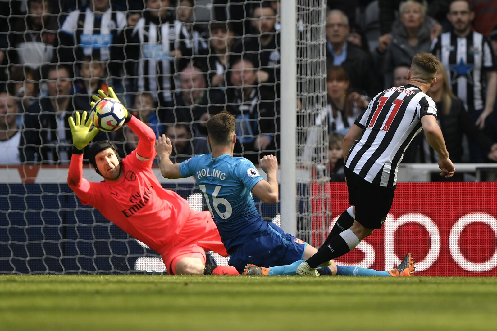 Arsenal Vs Newcastle United  5 things we learned - Reaching the cliff 8e935aa248c6