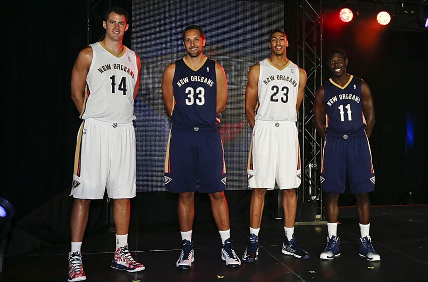 jrue-holiday-ryan-anderson-jason-smith-a
