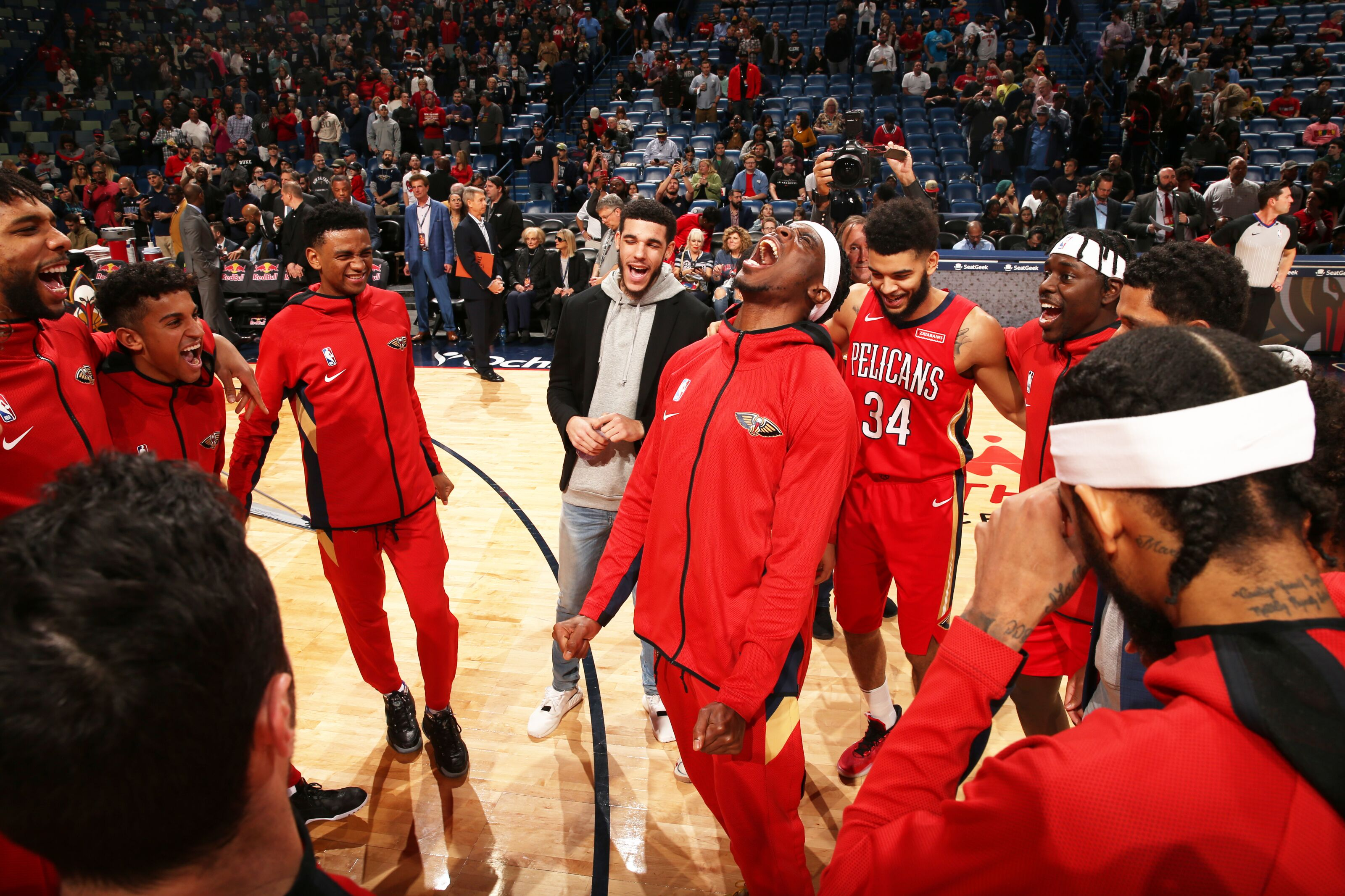 New Orleans Pelicans head to Phoenix for Thursday night hoops