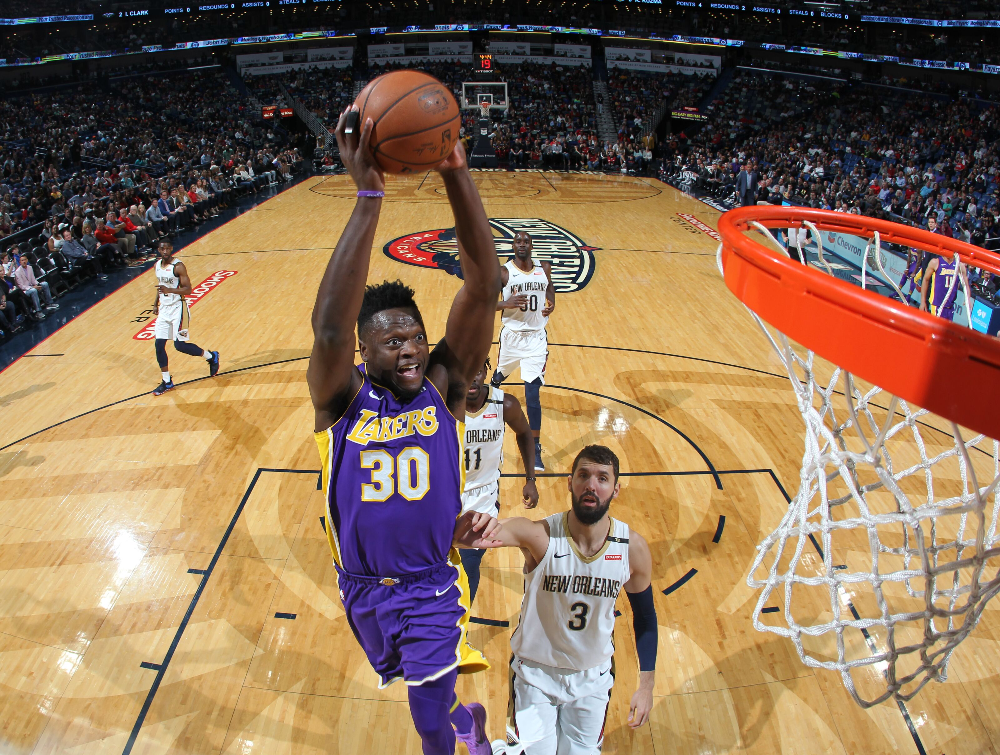 cd8f83727fb New Orleans Pelicans signing Randle a better value than Cousins