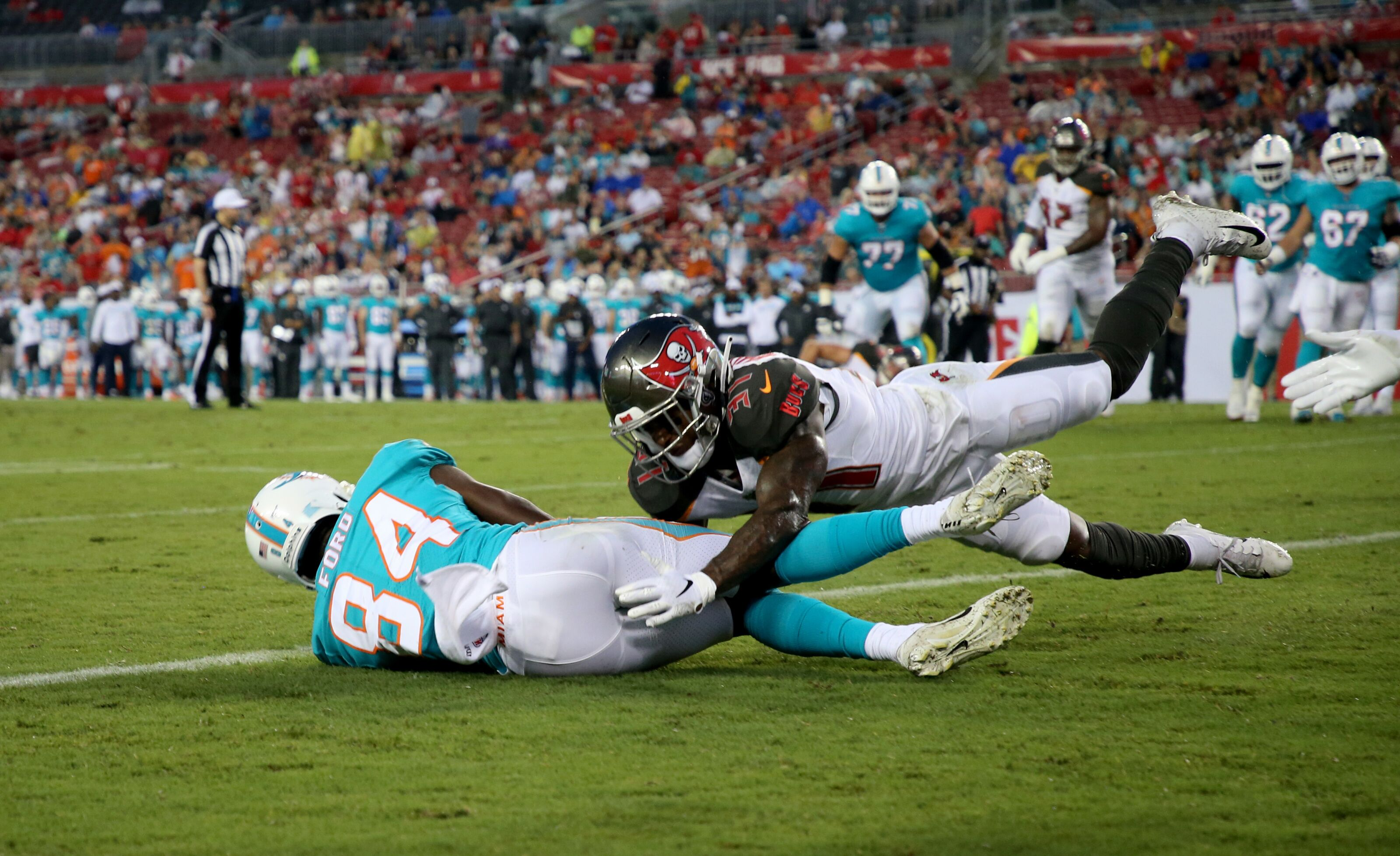 899e3fd4 Injuries hit the Miami Dolphins wide-receiver group at practice