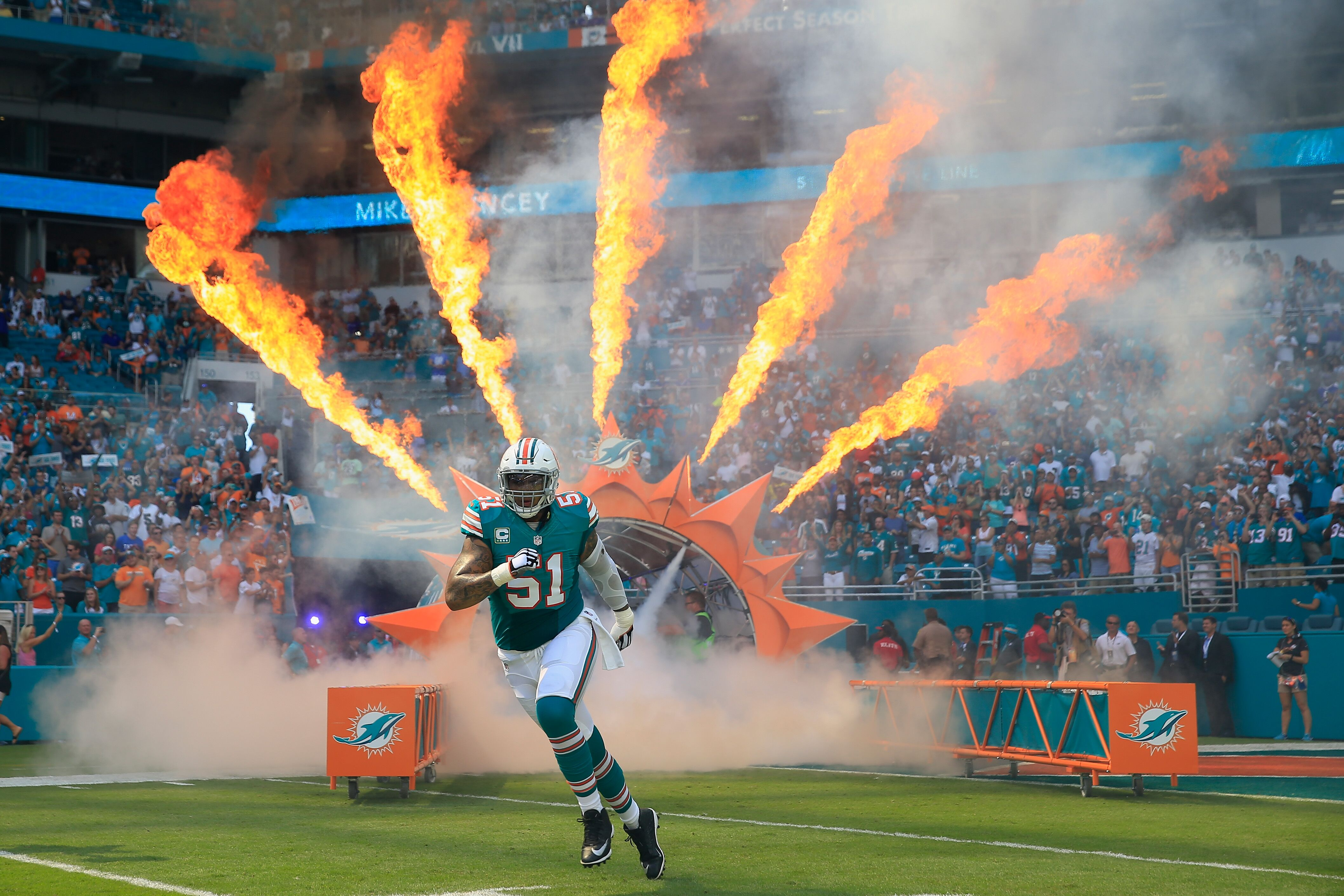 "Dolphins Mike Pouncey is a big ""IF"" in 2017"