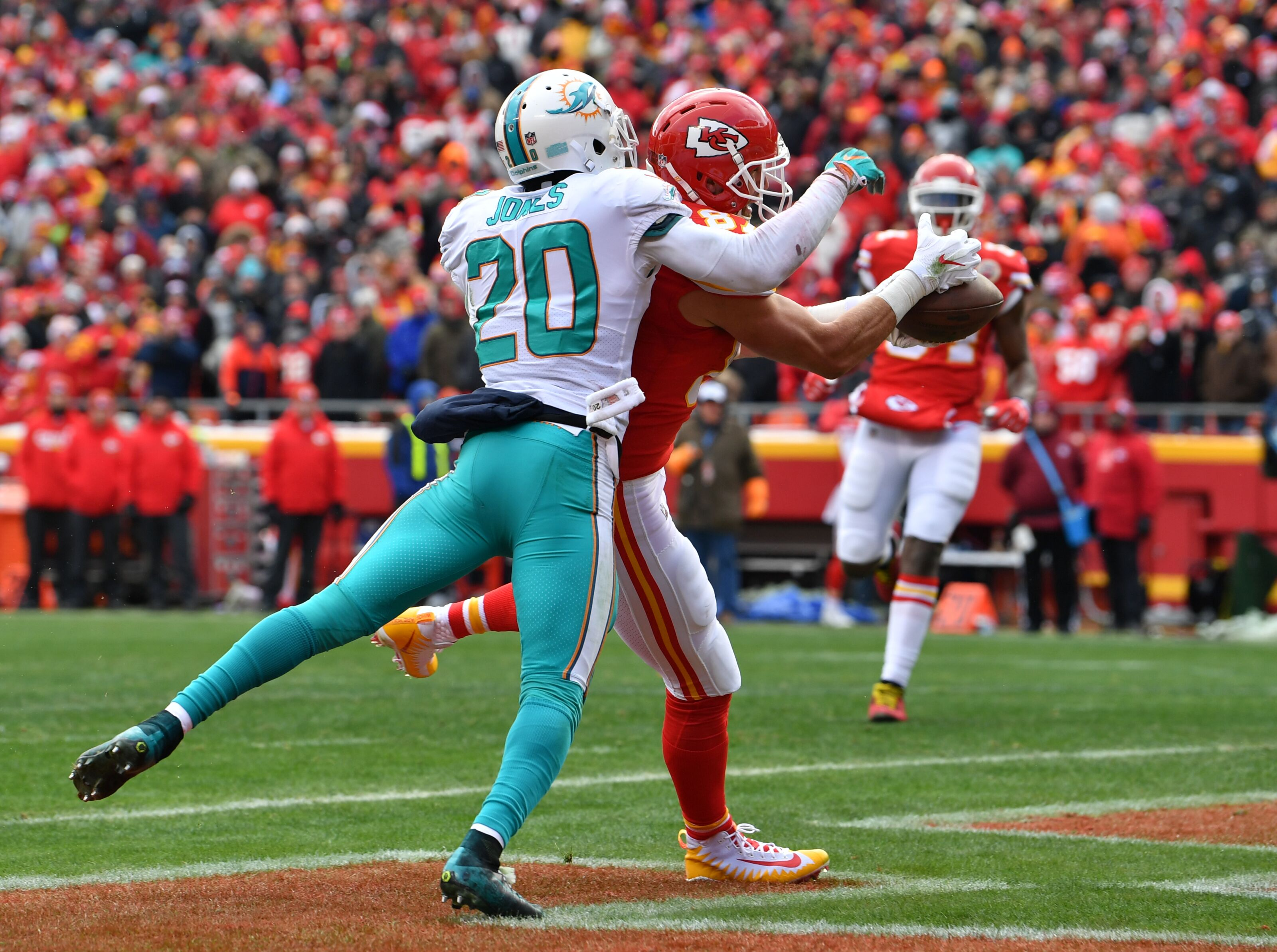 Miami Dolphins should trade these guys by league deadline