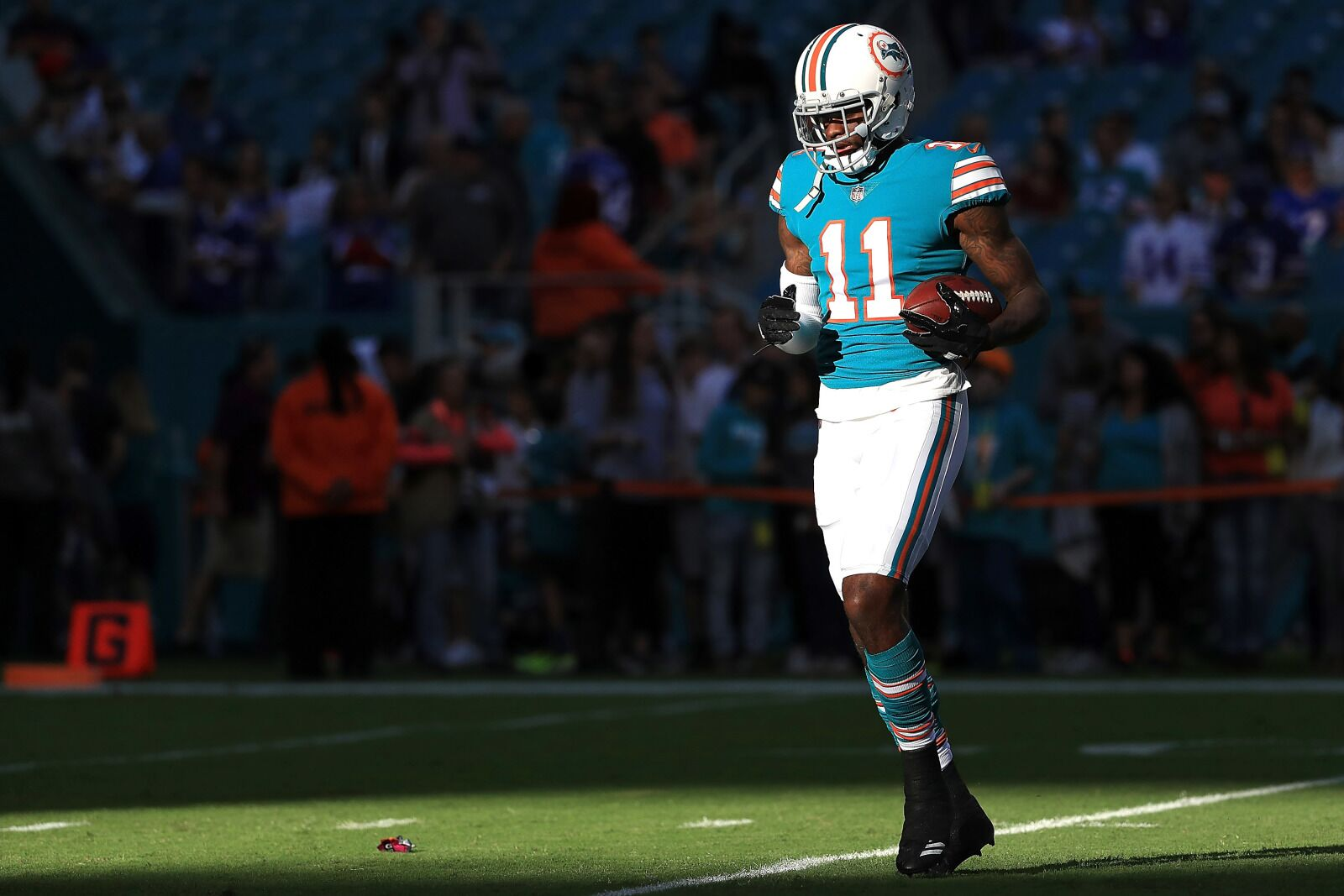 DeVante Parker kills it at practice with new QB's but temper that joy
