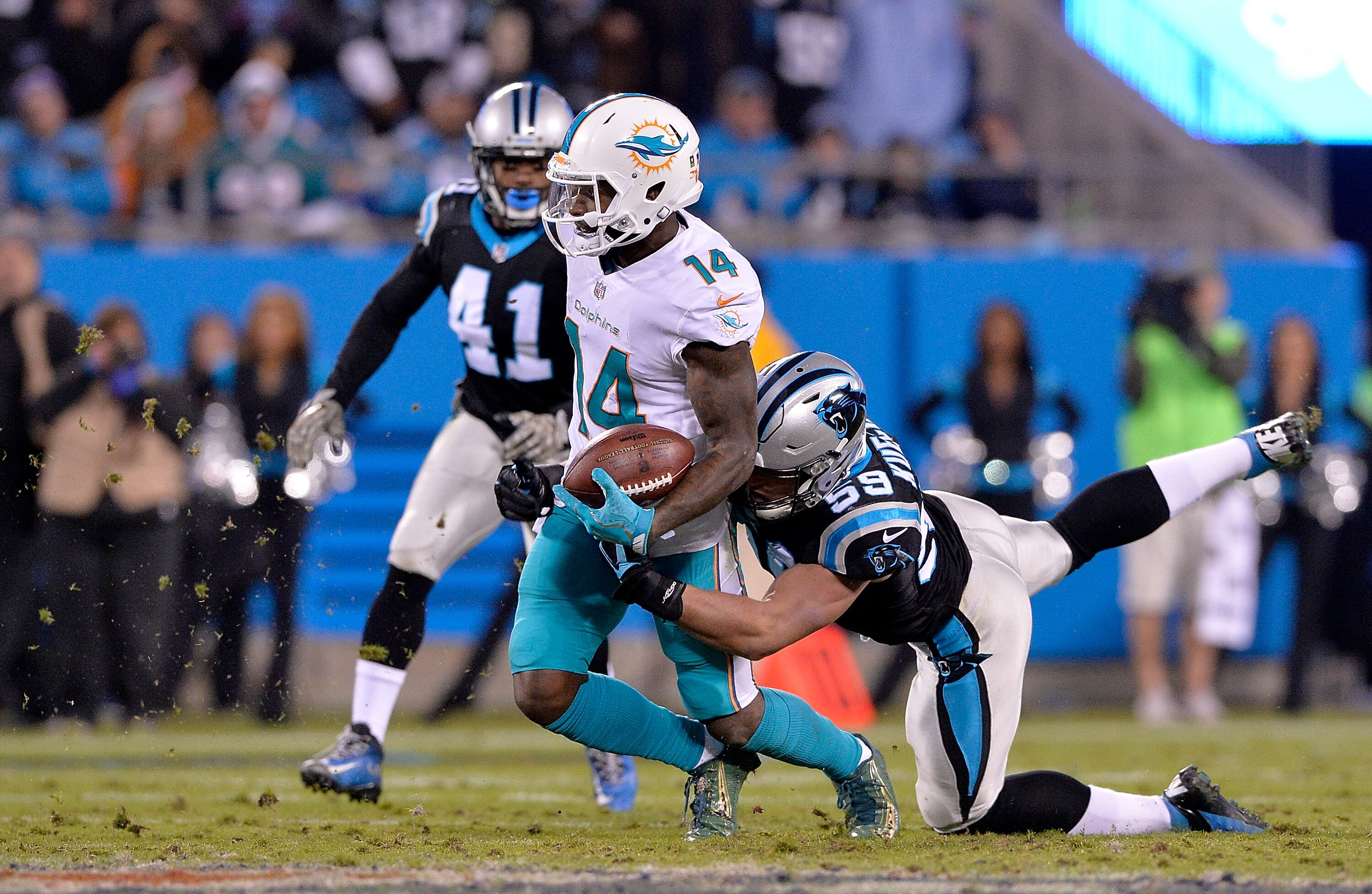 Breaking  Jarvis Landry signs franchise tag with Dolphins a8241464f