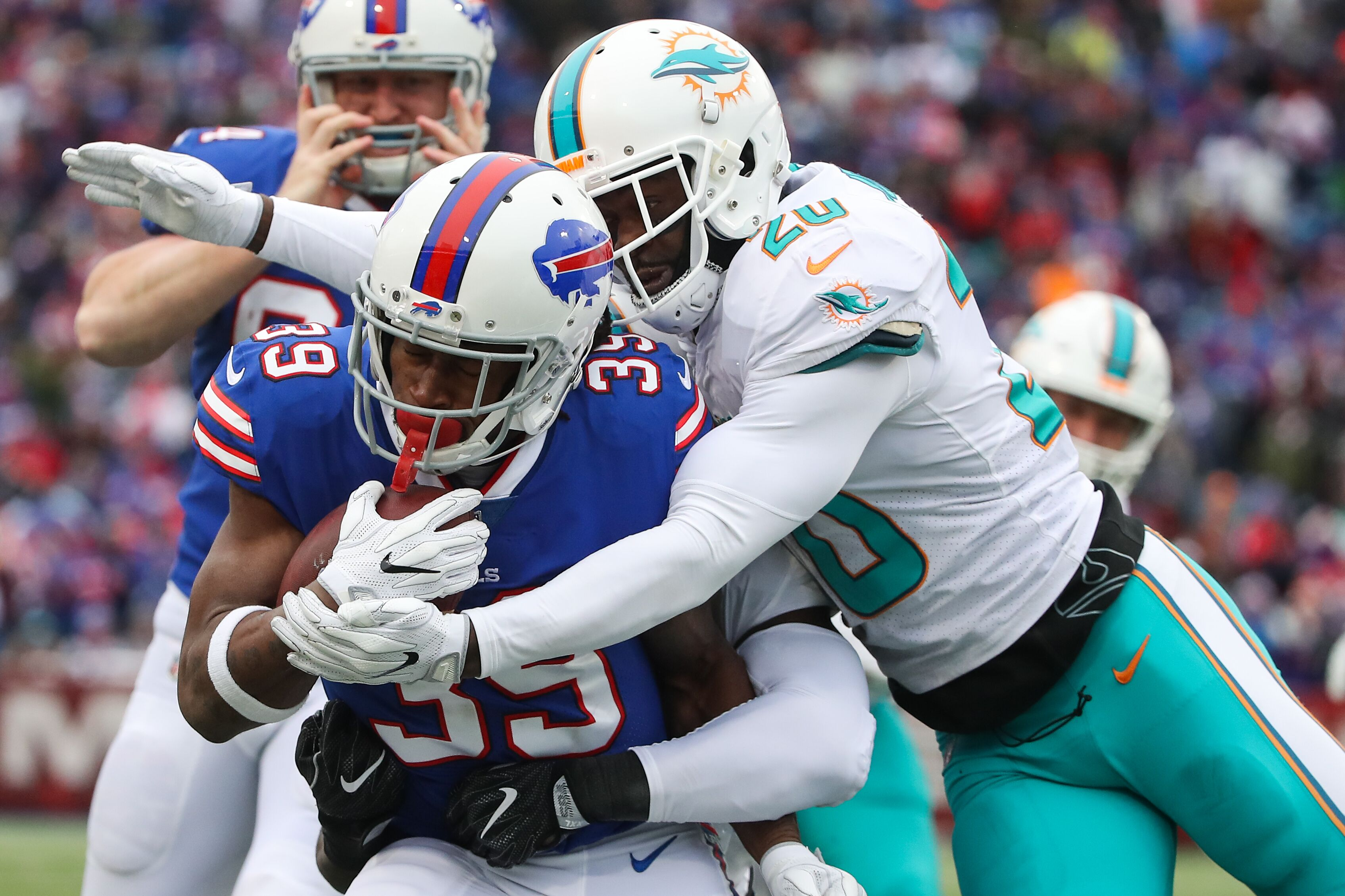 894268890-miami-dolphins-v-buffalo-bills.jpg