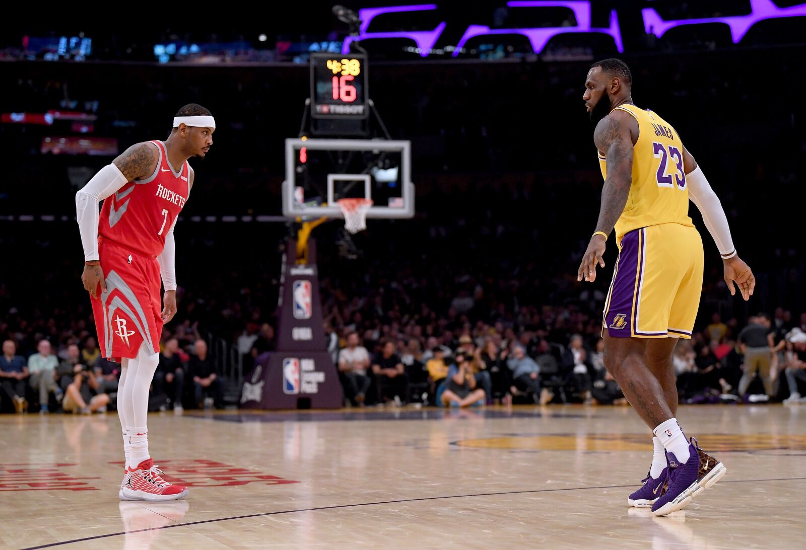 d2f0f64ce Former Chicago Bulls  Los Angeles Lakers push Carmelo Anthony talks