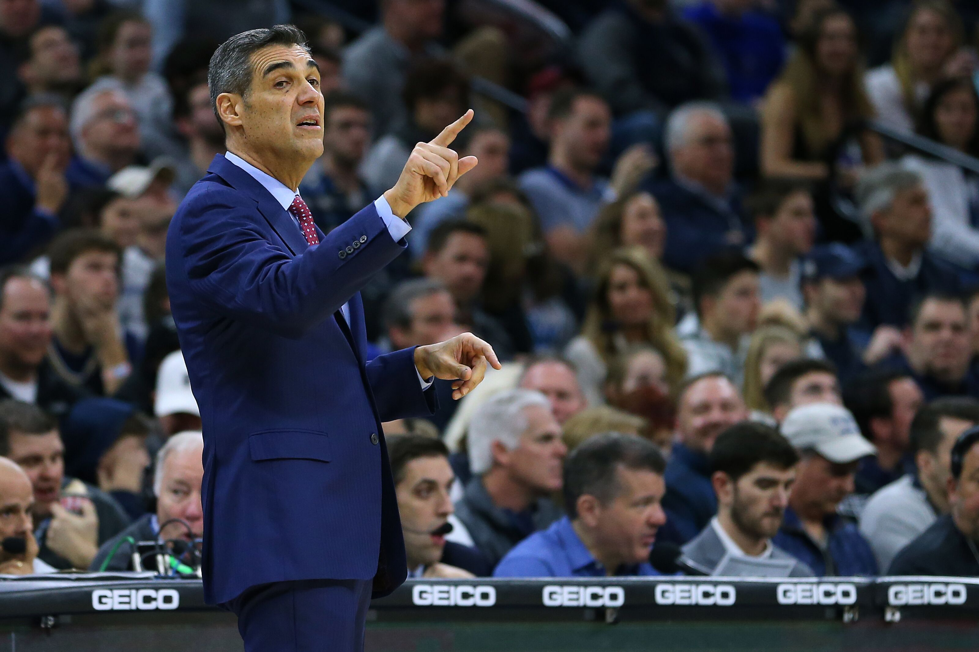 Chicago Bulls: Would Jay Wright be a good HC in the Windy City?