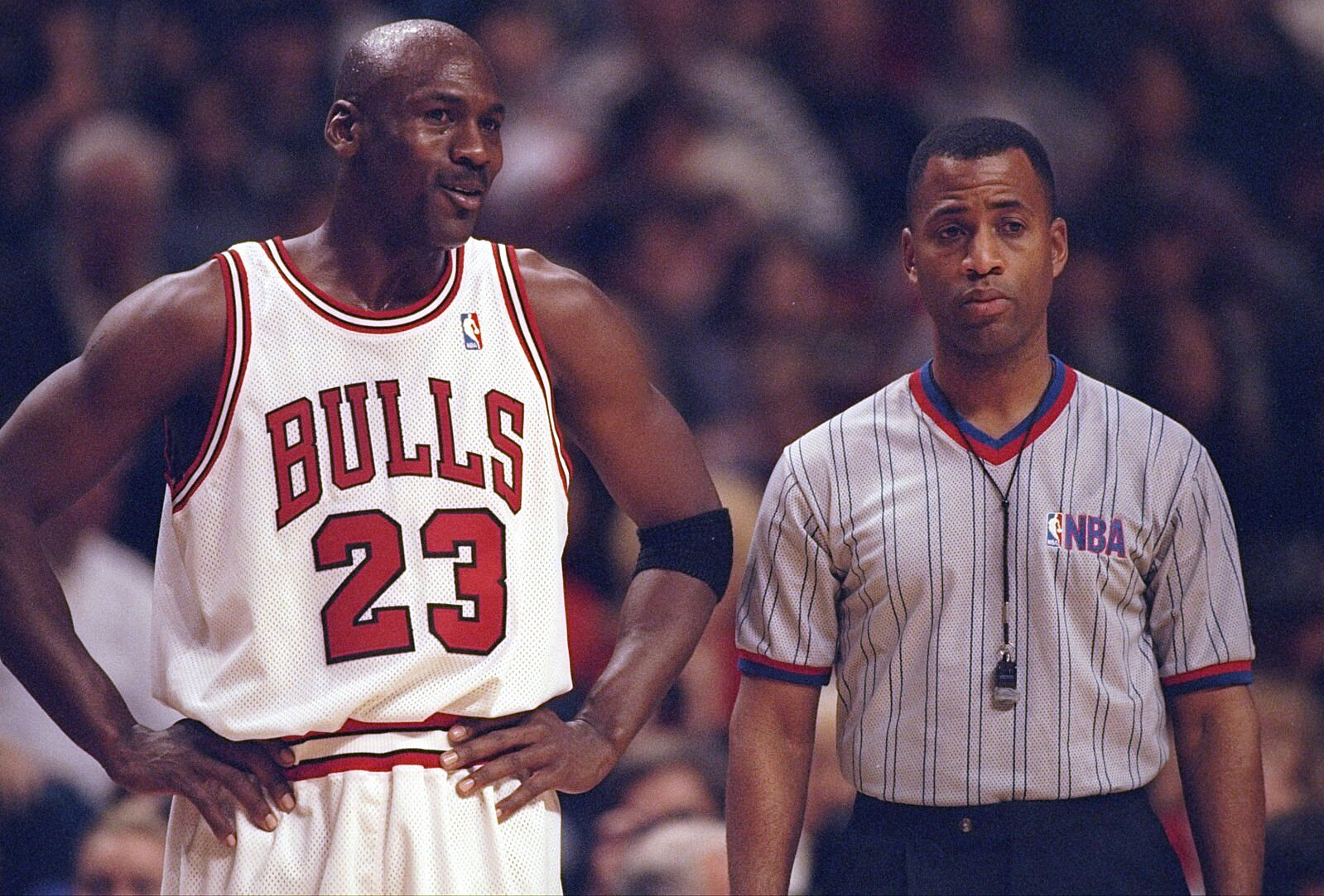 b032e2fe88 27 Dec 1997: Guard Michael Jordan of the Chicago Bulls confers with an  official during a game against the Atlanta Hawks at the United Center in  Chicago, ...