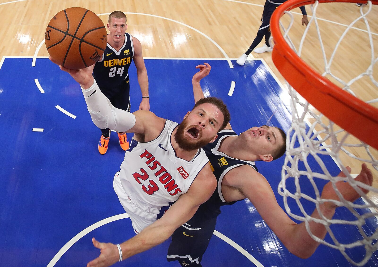 Around the 'net: Detroit Pistons preview, Blake Griffin and Dennis Rodman