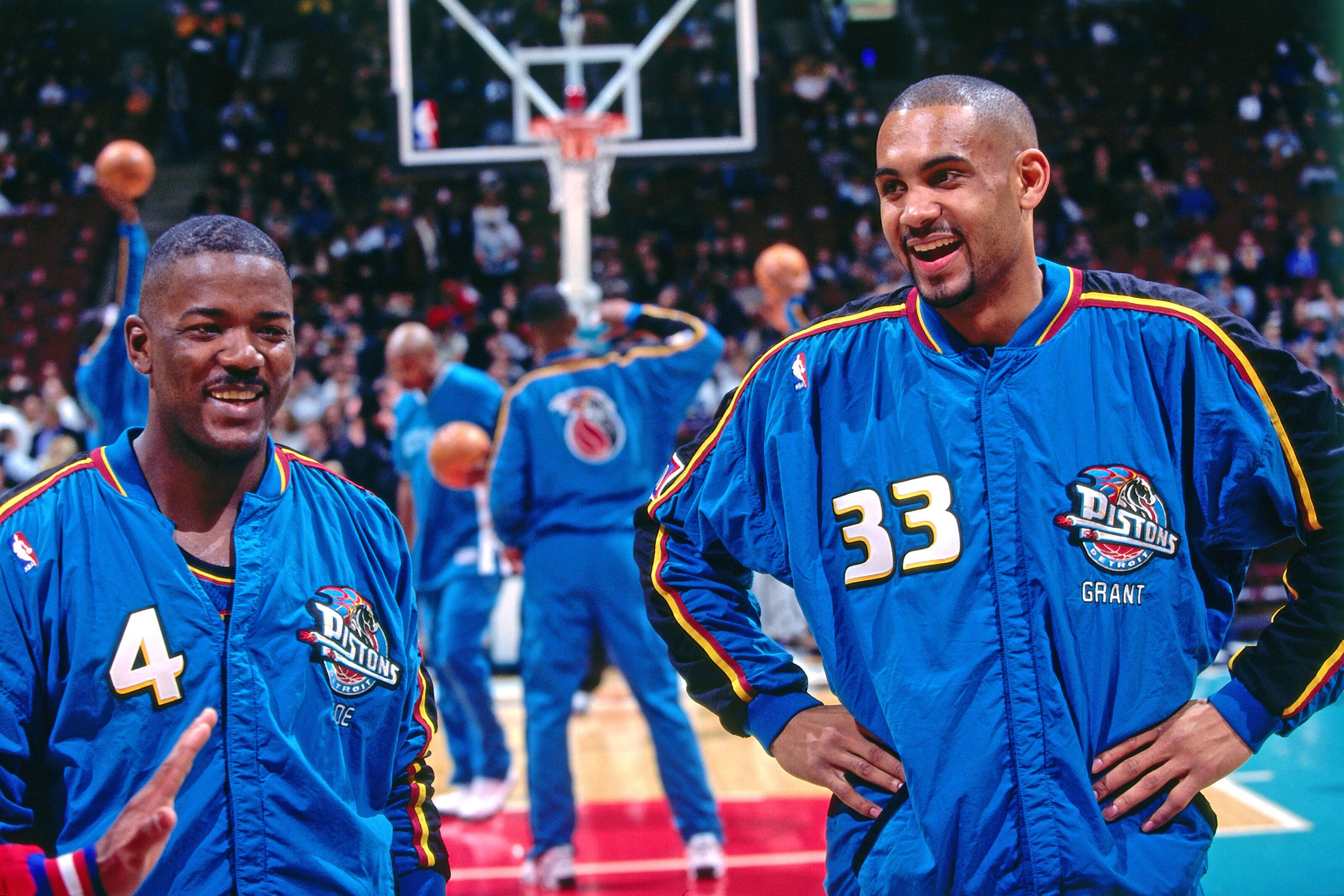 f1e81800f Detroit Pistons  Should Grant Hill s number be retired