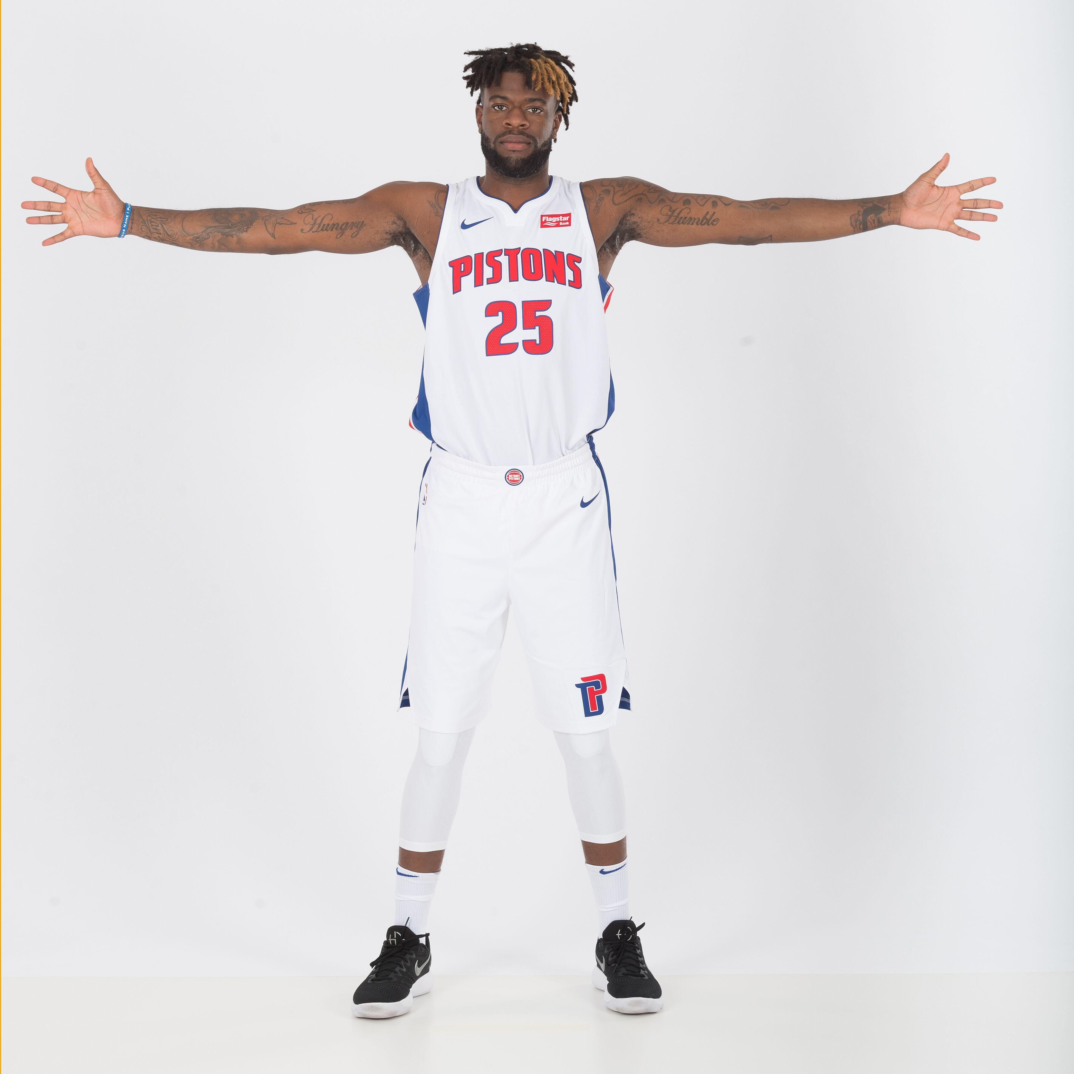 more photos 69430 c5d4f Detroit Pistons: 5 goals for Reggie Bullock in 2017-18