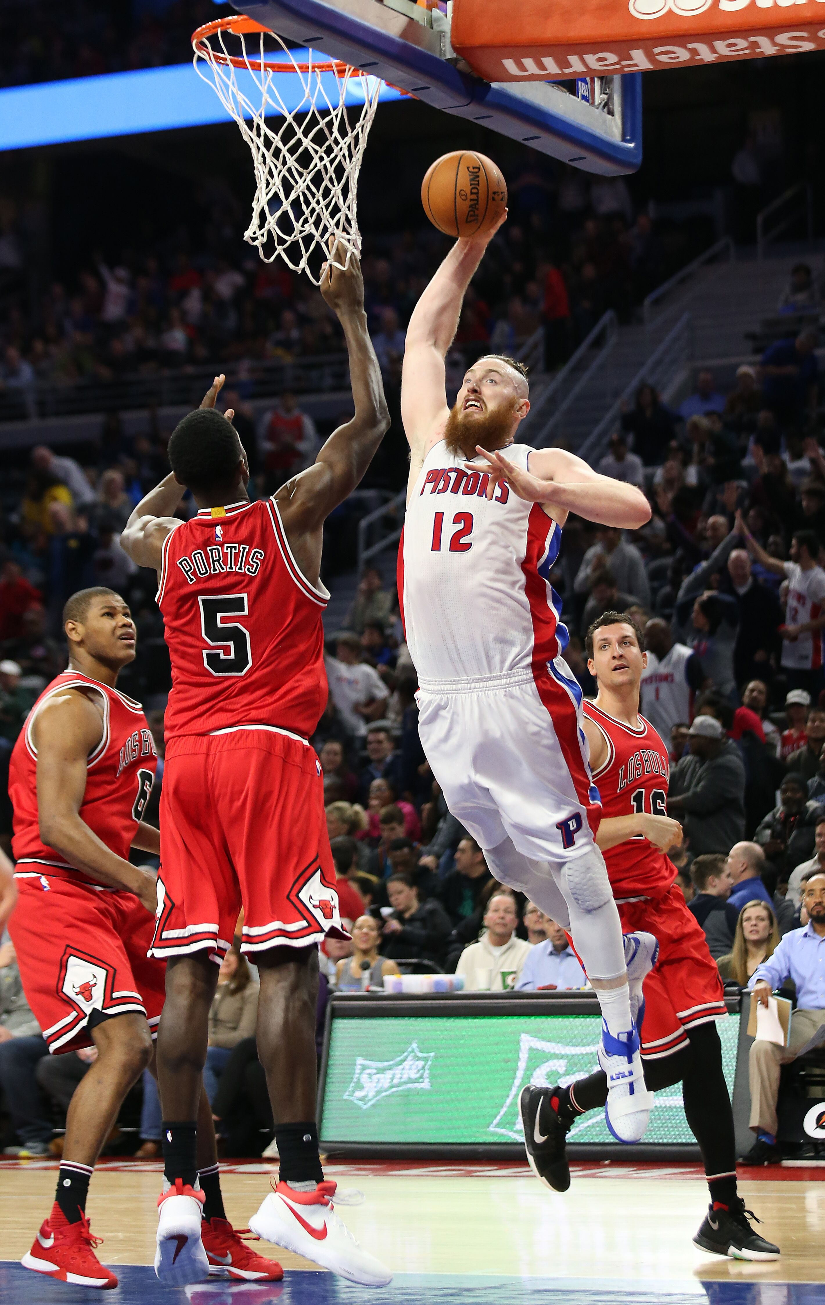 Aron Baynes could have fetched Detroit Pistons a draft pick