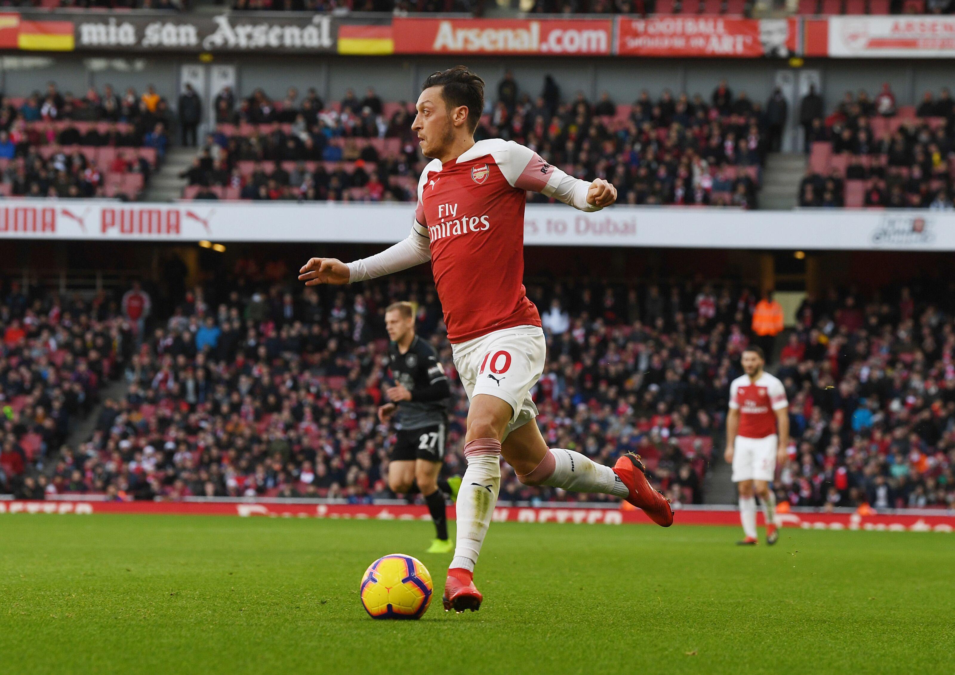 2121c1596 Arsenal  Mesut Ozil and Sead Kolasinac make the perfect duo