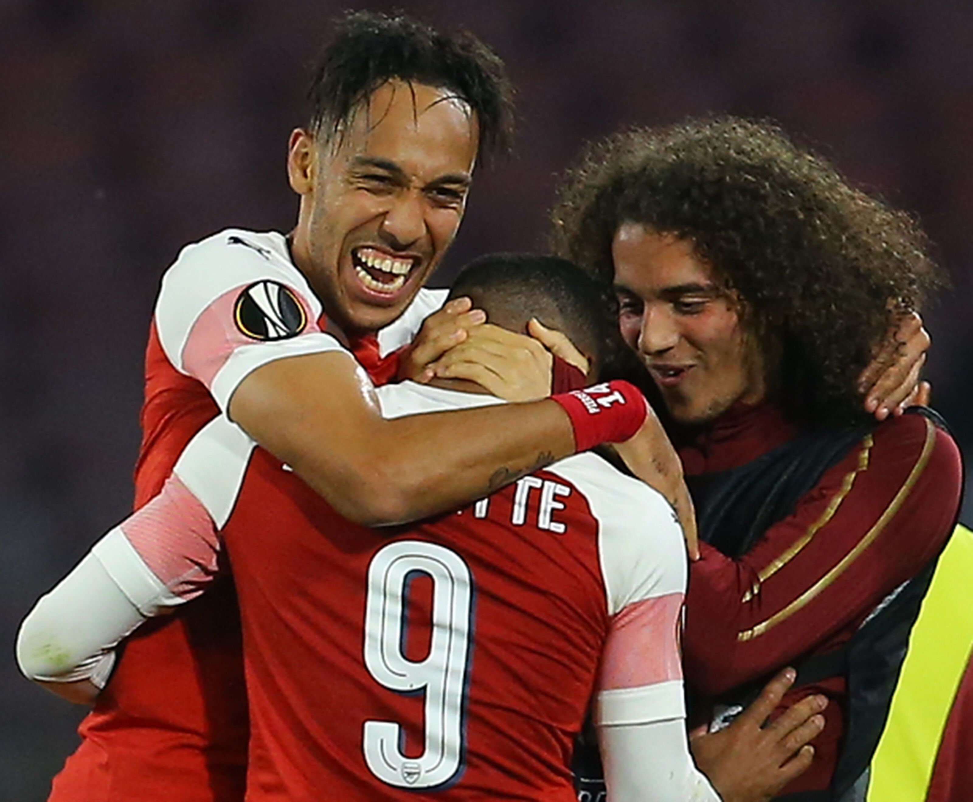 Arsenal is finally resolving striker problem by initiating contract talks