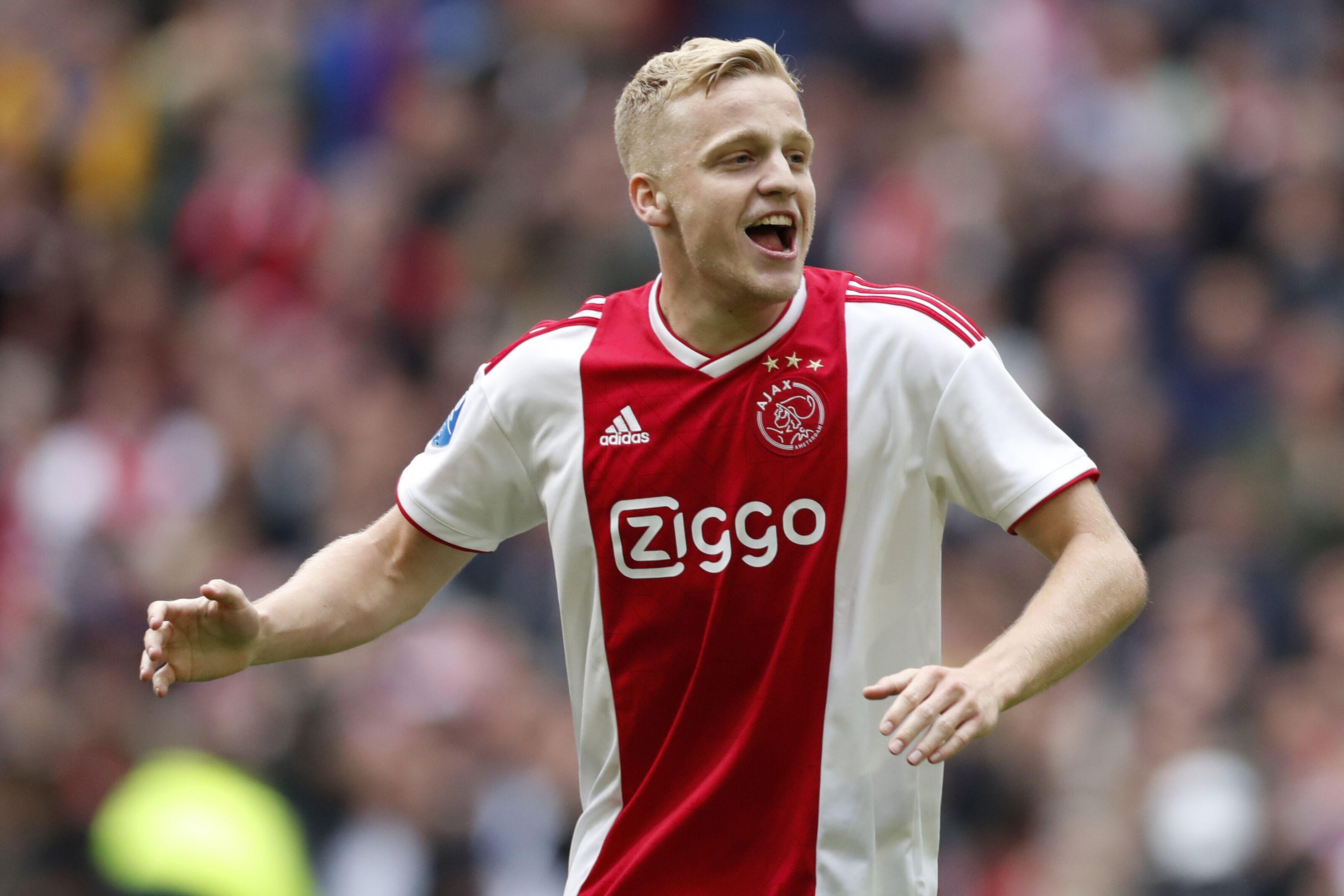 Tottenham may see Donny van de Beek as a transfer bargain