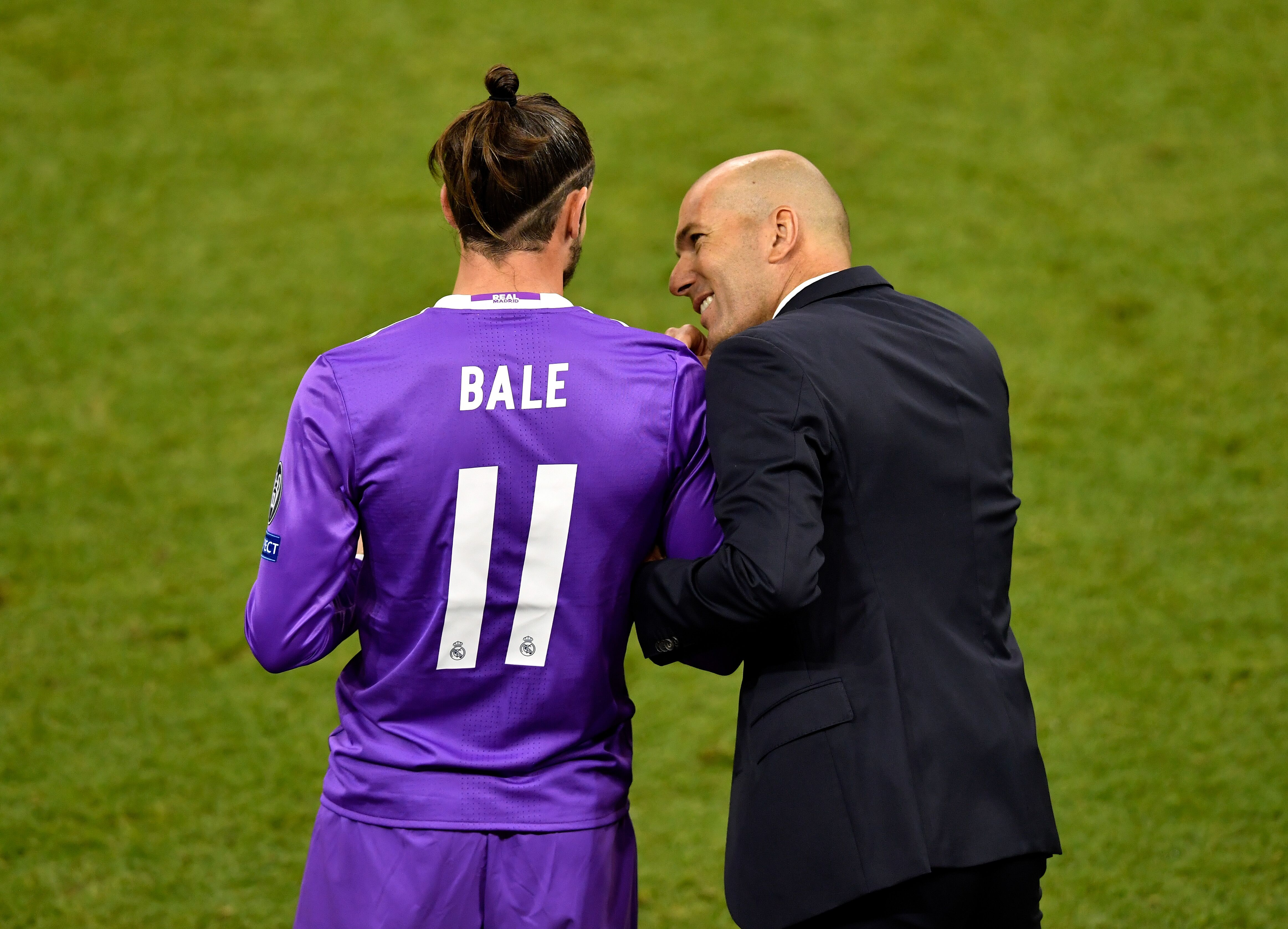 "Real Madrid: Gareth Bale is ""close"" to leaving, says Zinedine Zidane"
