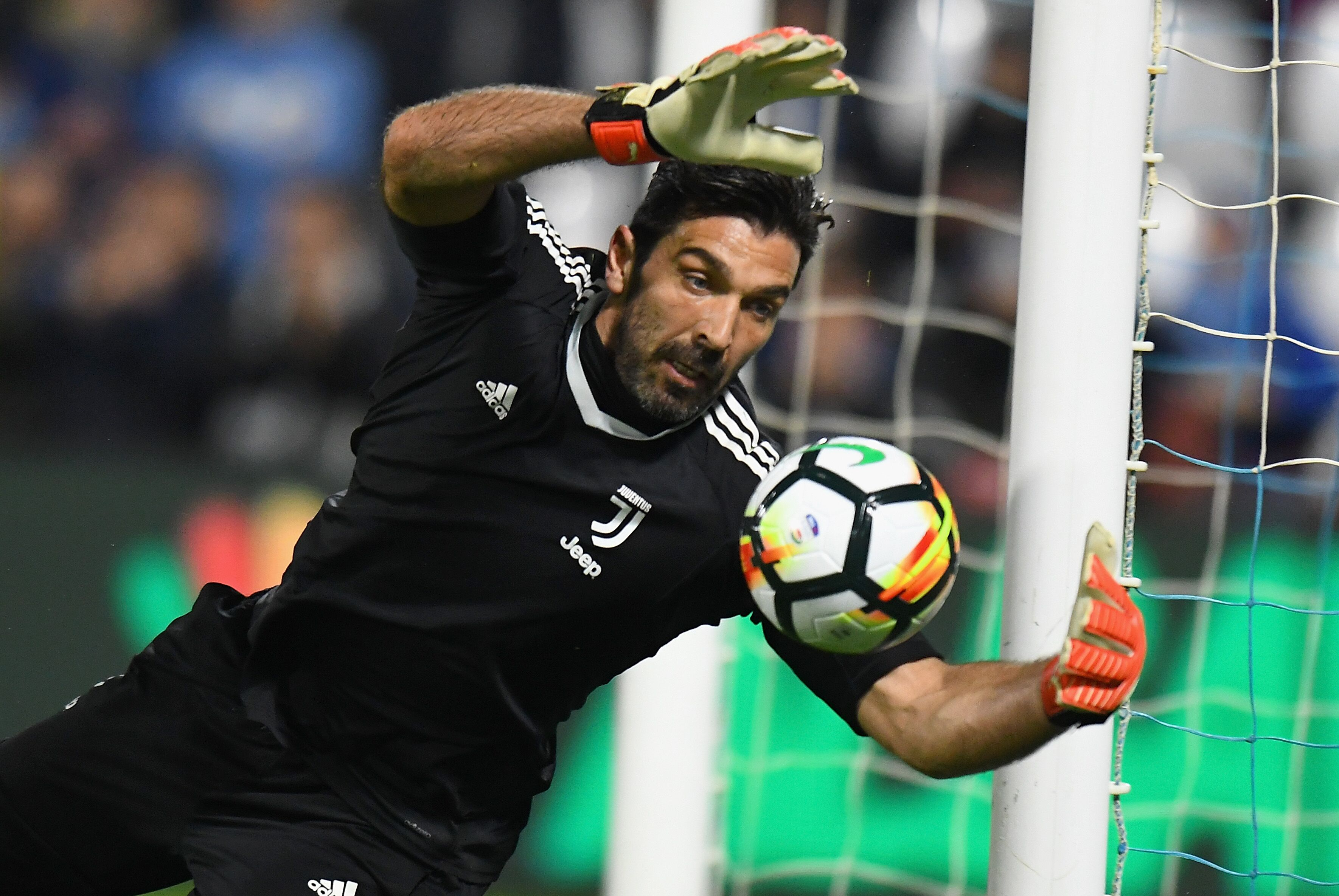 929a4e824 PSG can benefit from the signing of Gianluigi Buffon