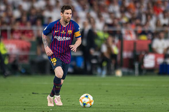 71cd95ce3d37 SEVILLE, SPAIN – MAY 25: Lionel Messi of FC Barcelona controls the ball  during