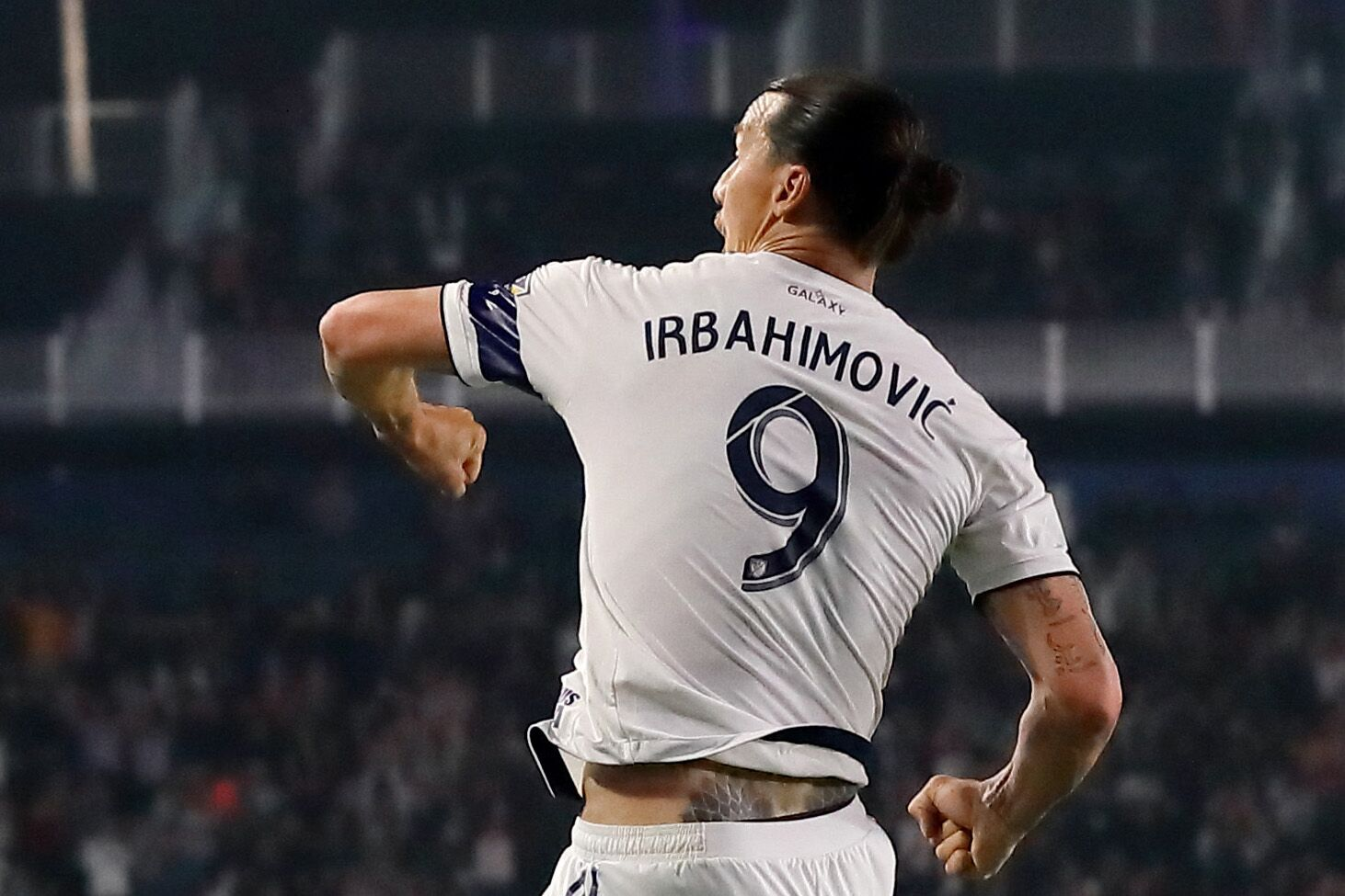 AC Milan in early stages to negotiate Ibrahimovic return