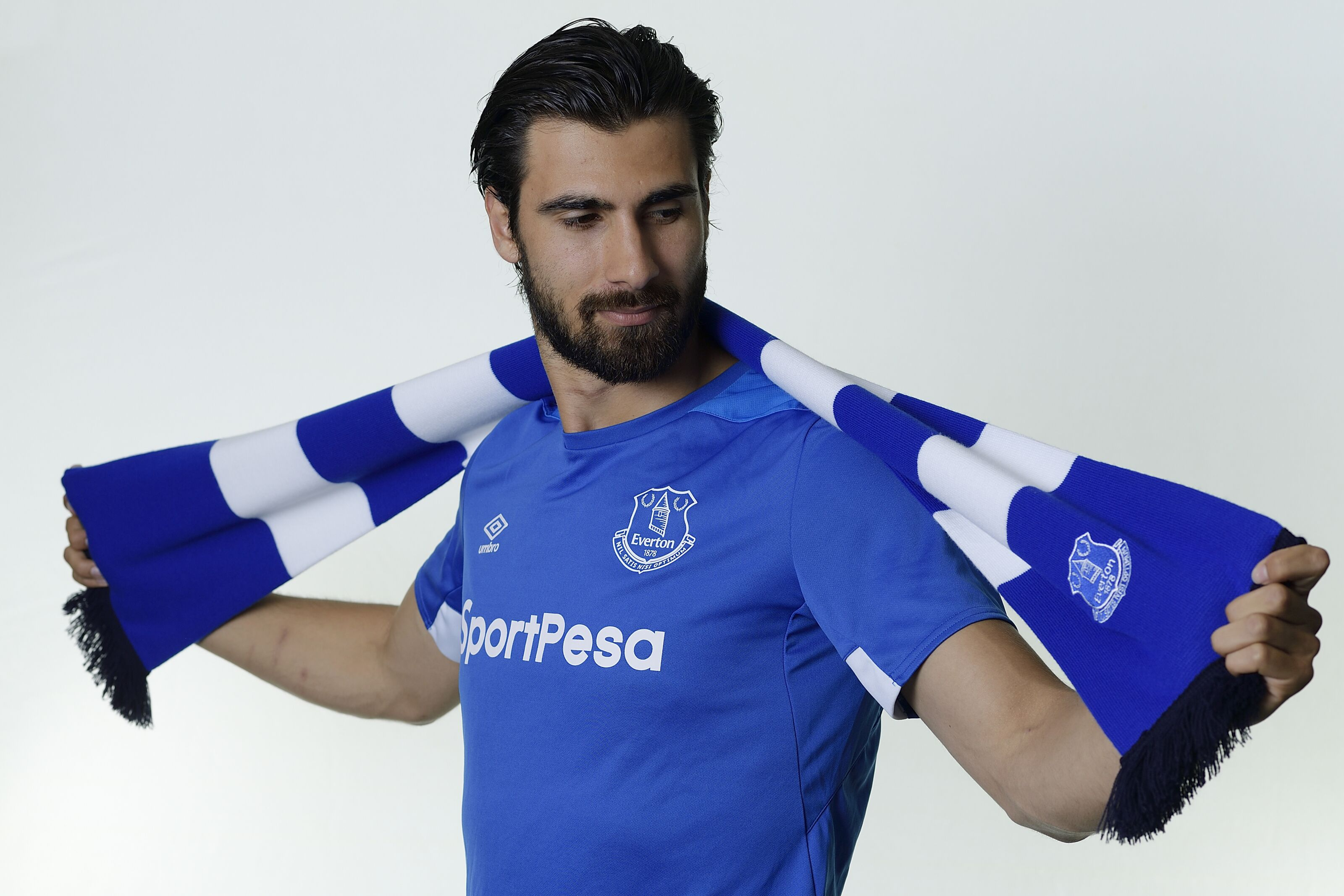 Everton ink five-year deal with Portuguese international Andre Gomes