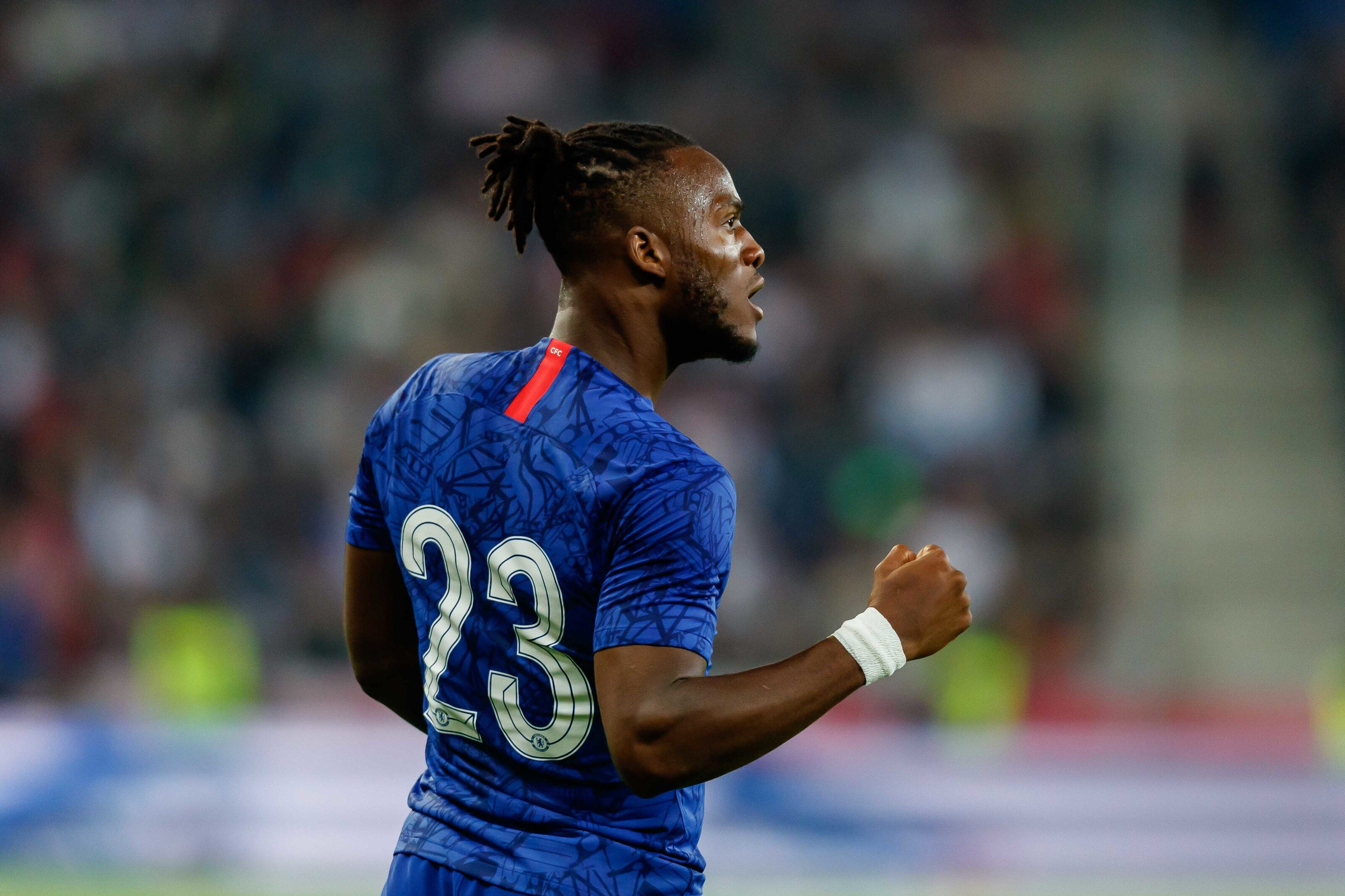 Michy Batshuayi insists that he wants to fight for a spot at Chelsea despite lack of playing time