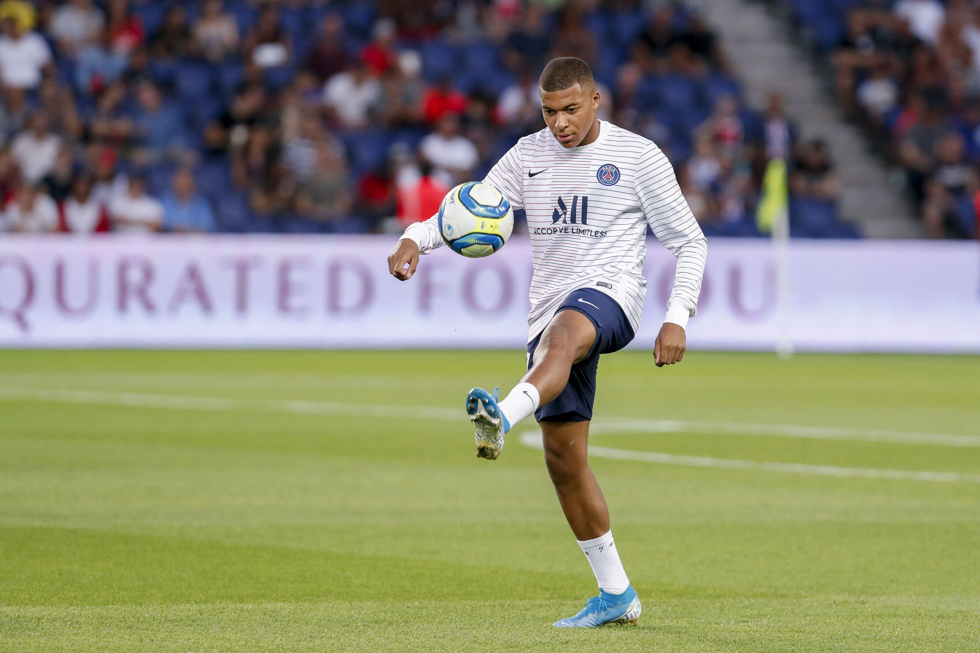 Paris Saint-Germain ask Real Madrid to swap key player for Kylian Mbappe