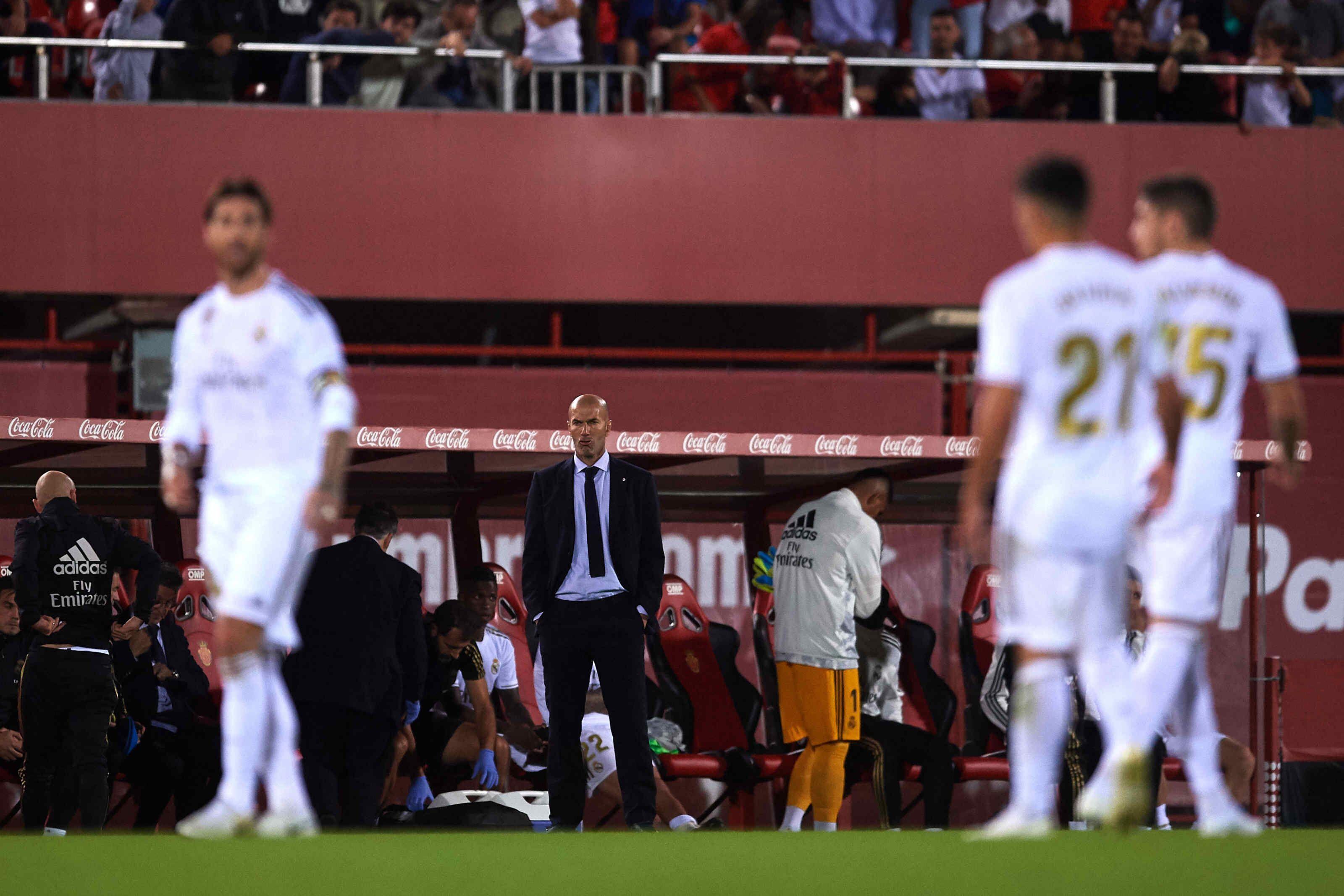 Zinedine Zidane's future at Real Madrid at risk