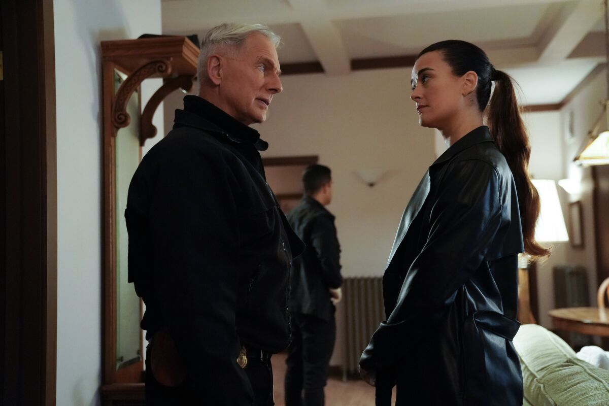 NCIS: Ziva returns to seek Gibbs and the team's help in first-look photos