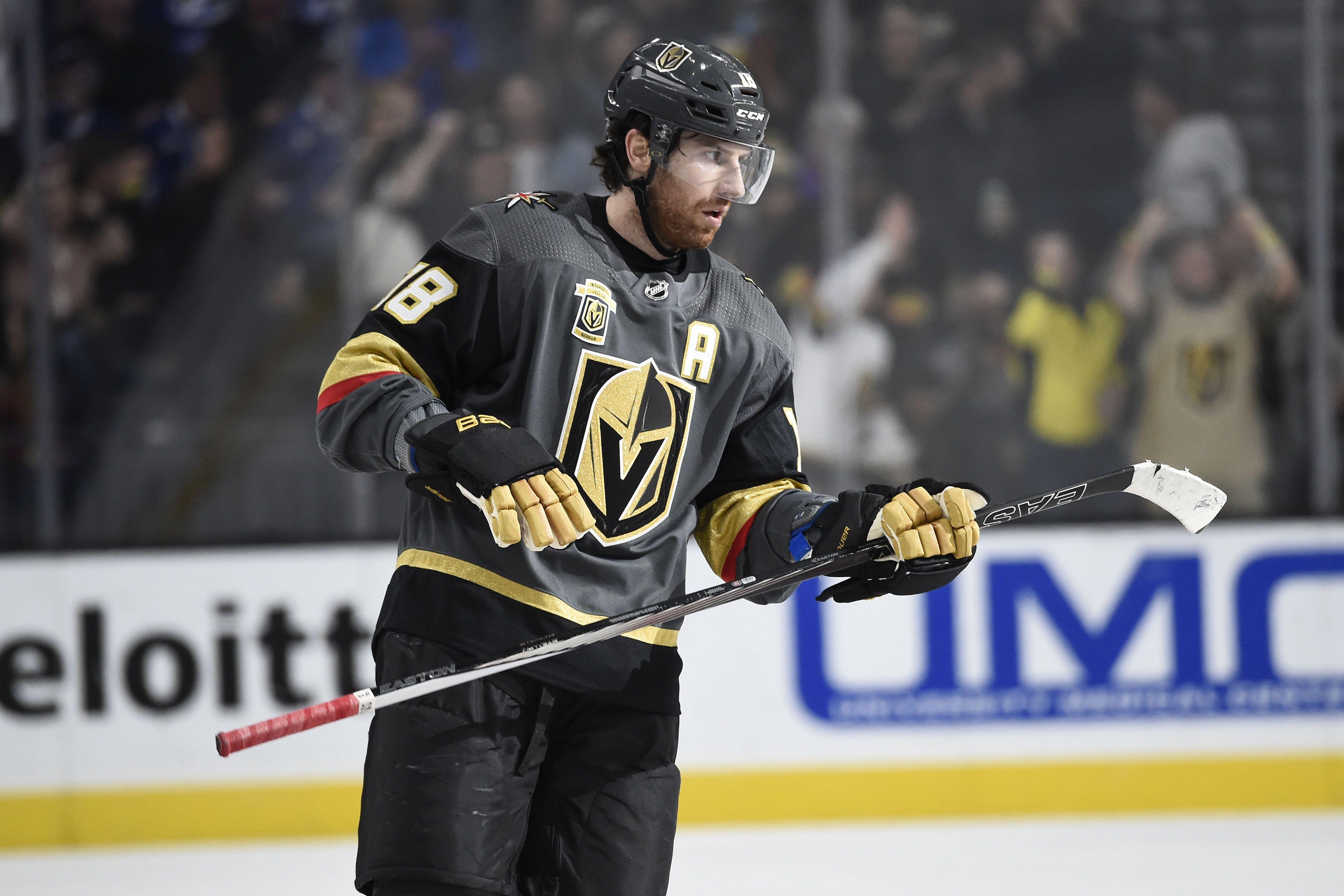 be1c286a576 Nashville Predators: Could the Predators Re-Sign James Neal?