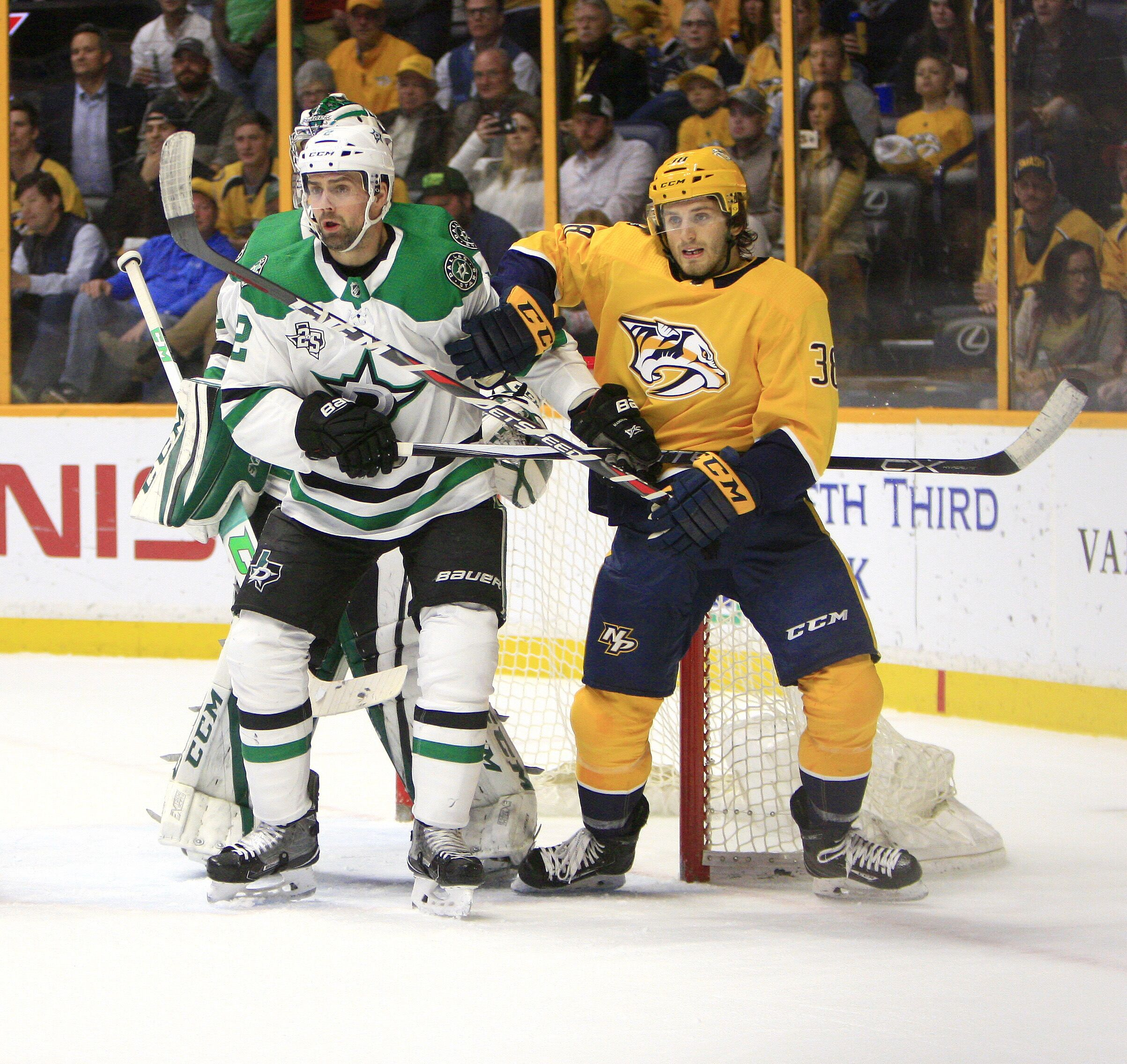 929028966-nhl-mar-06-stars-at-predators.jpg